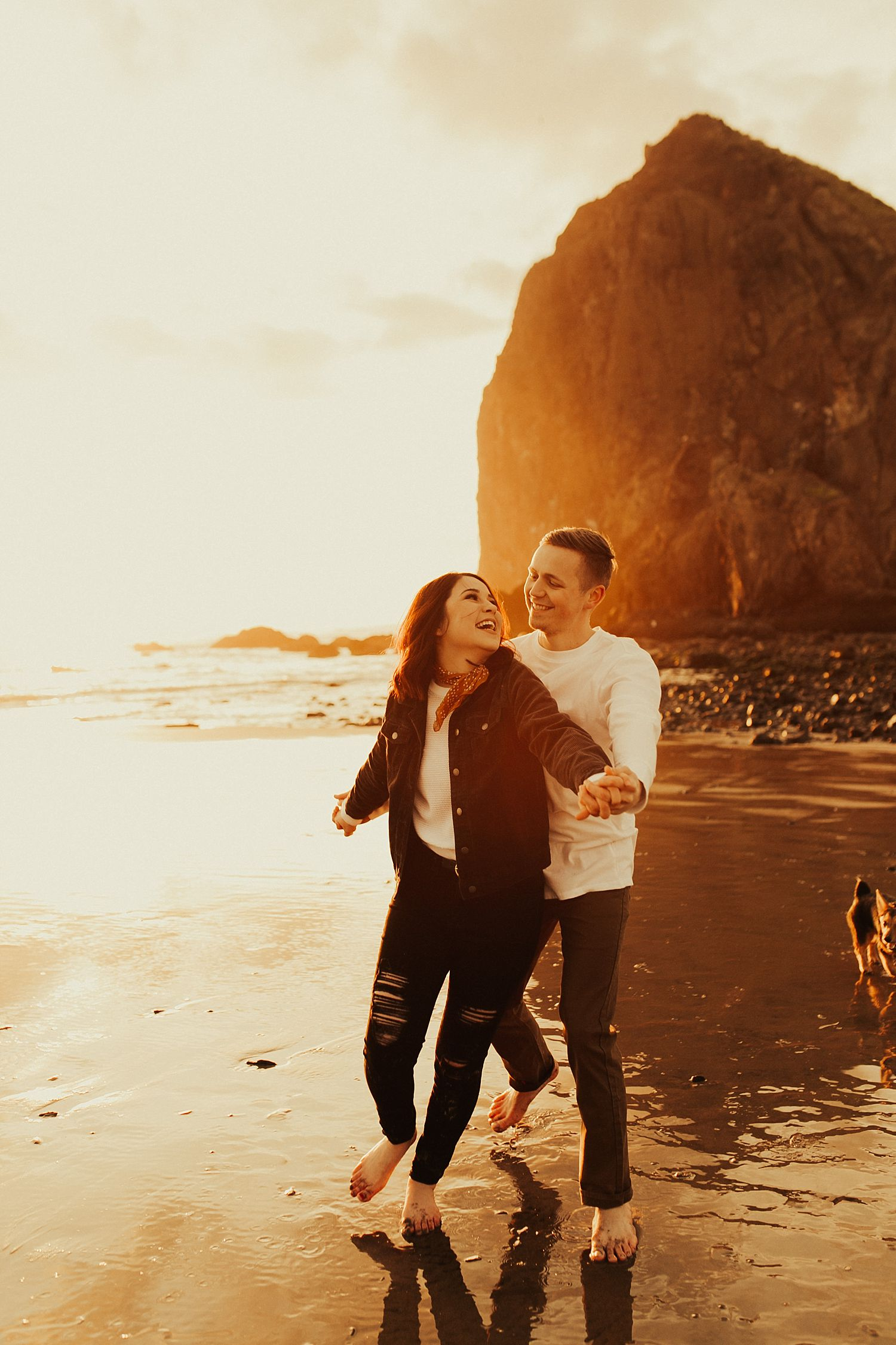 cannon-beach-engagement-session_1487.jpg