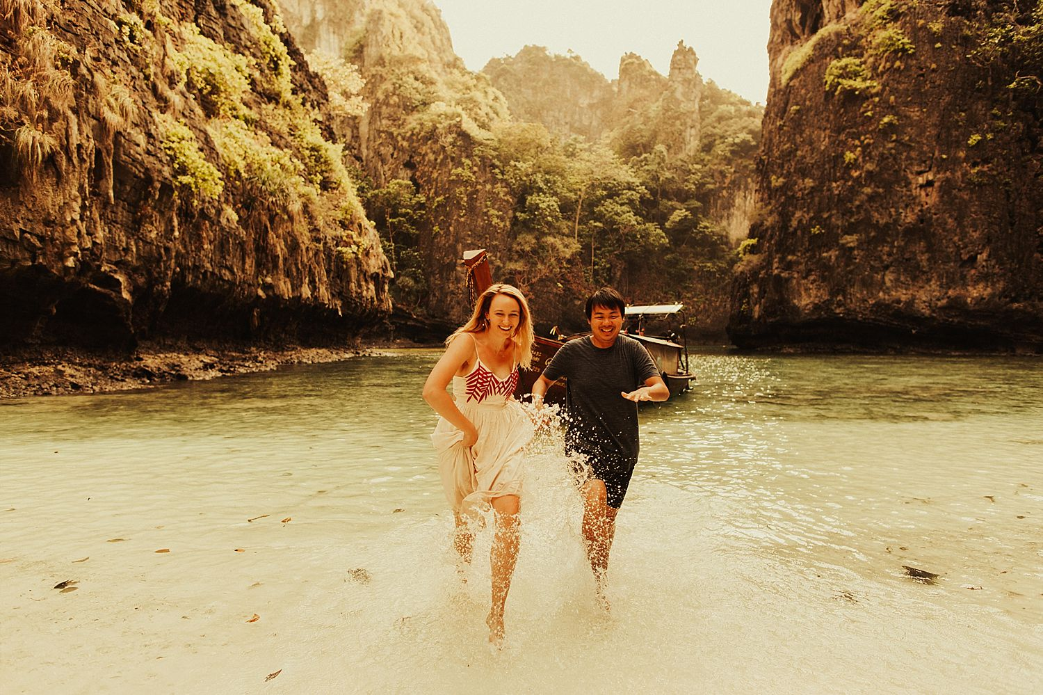 phi-phi-islands-engagement-session_1517.jpg