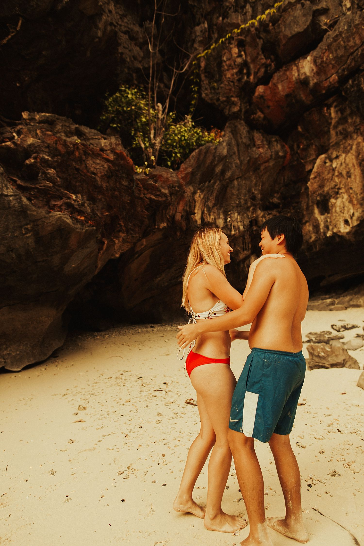 phi-phi-islands-engagement-session_1549.jpg