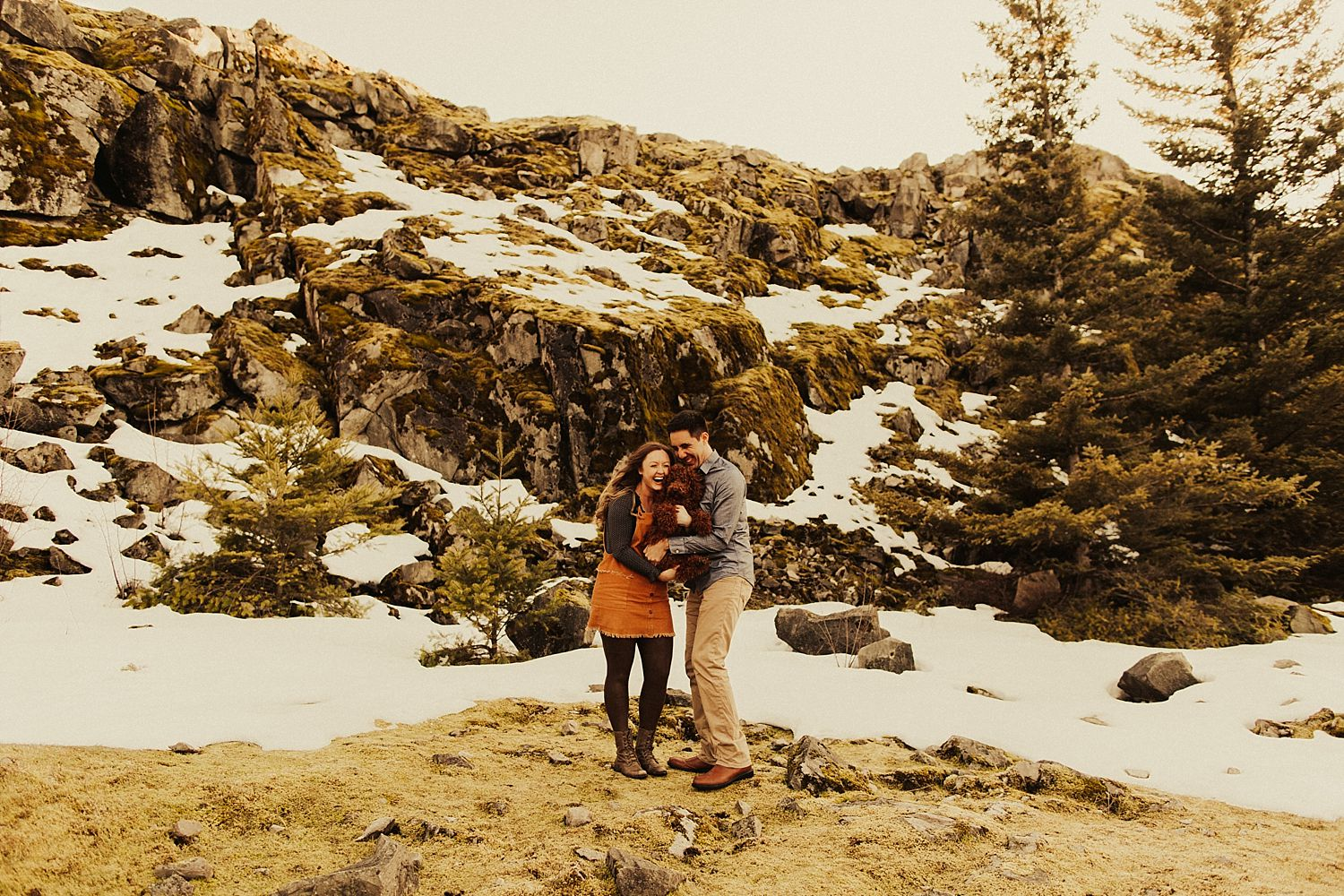 columbia-river-gorge-engagement-session_1585.jpg