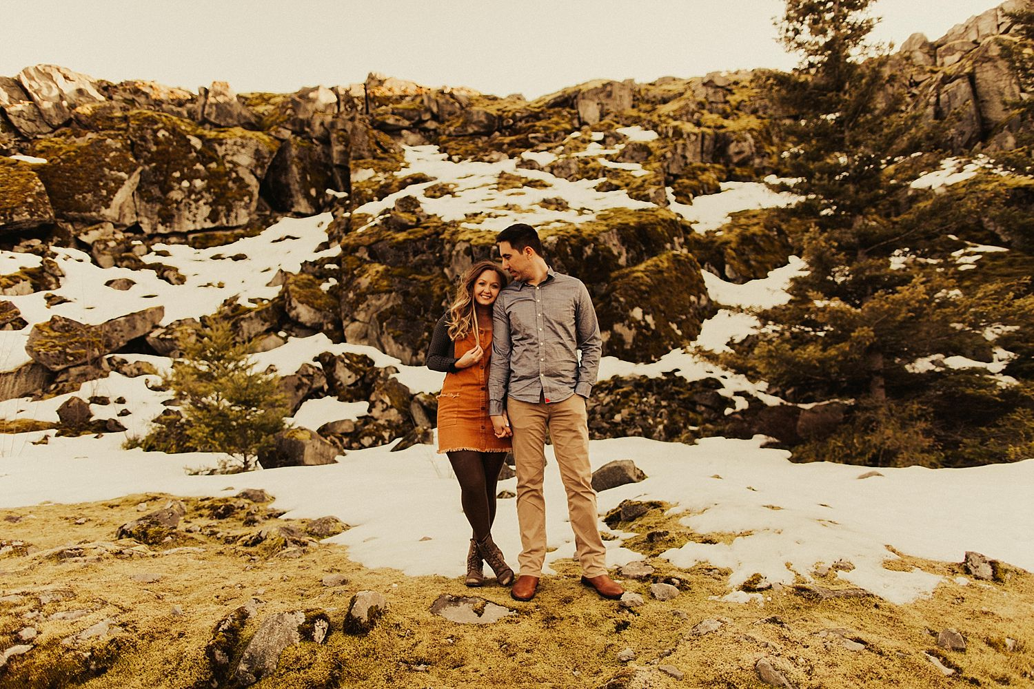 columbia-river-gorge-engagement-session_1595.jpg