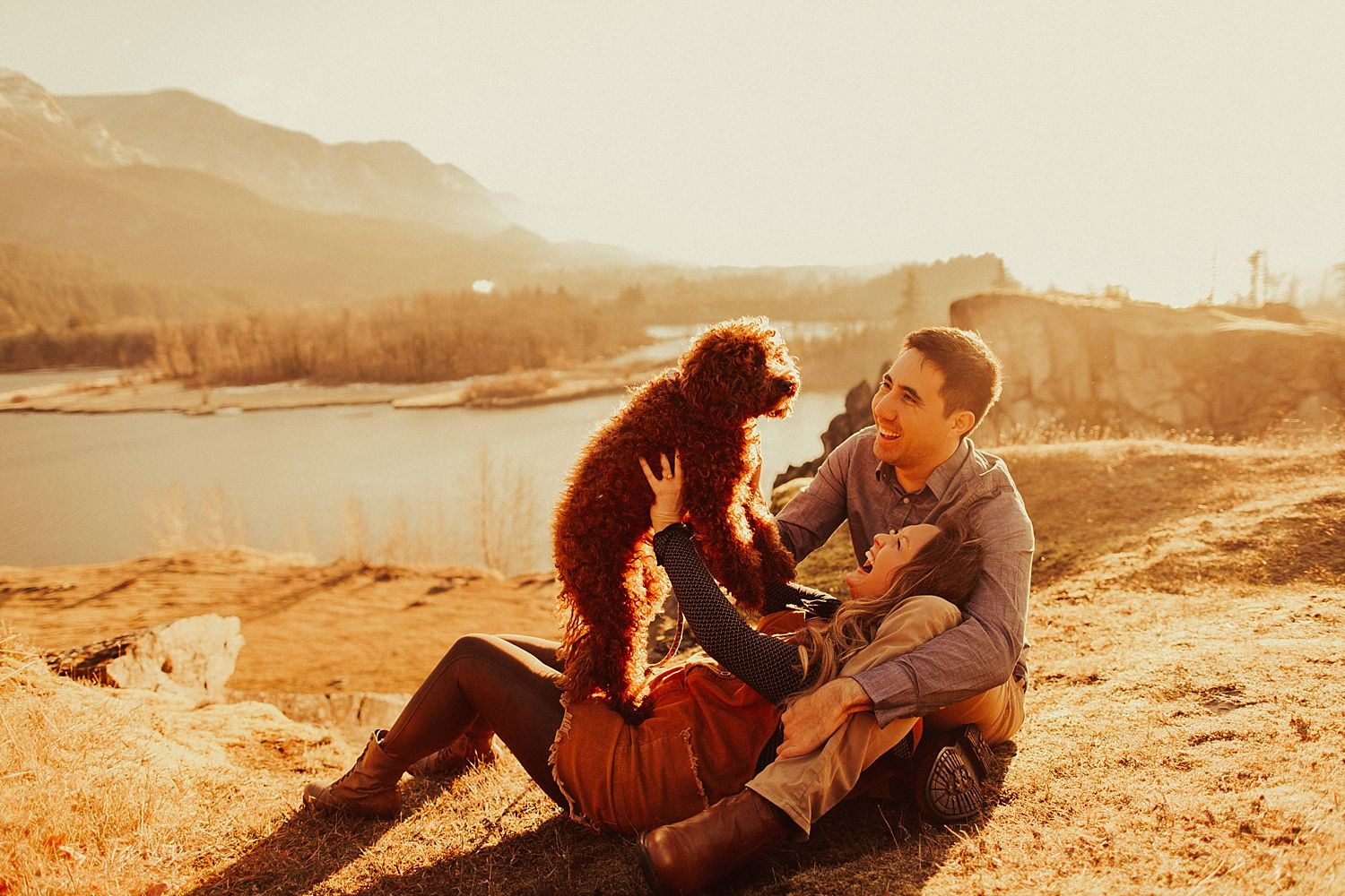 columbia-river-gorge-engagement-session_1615.jpg