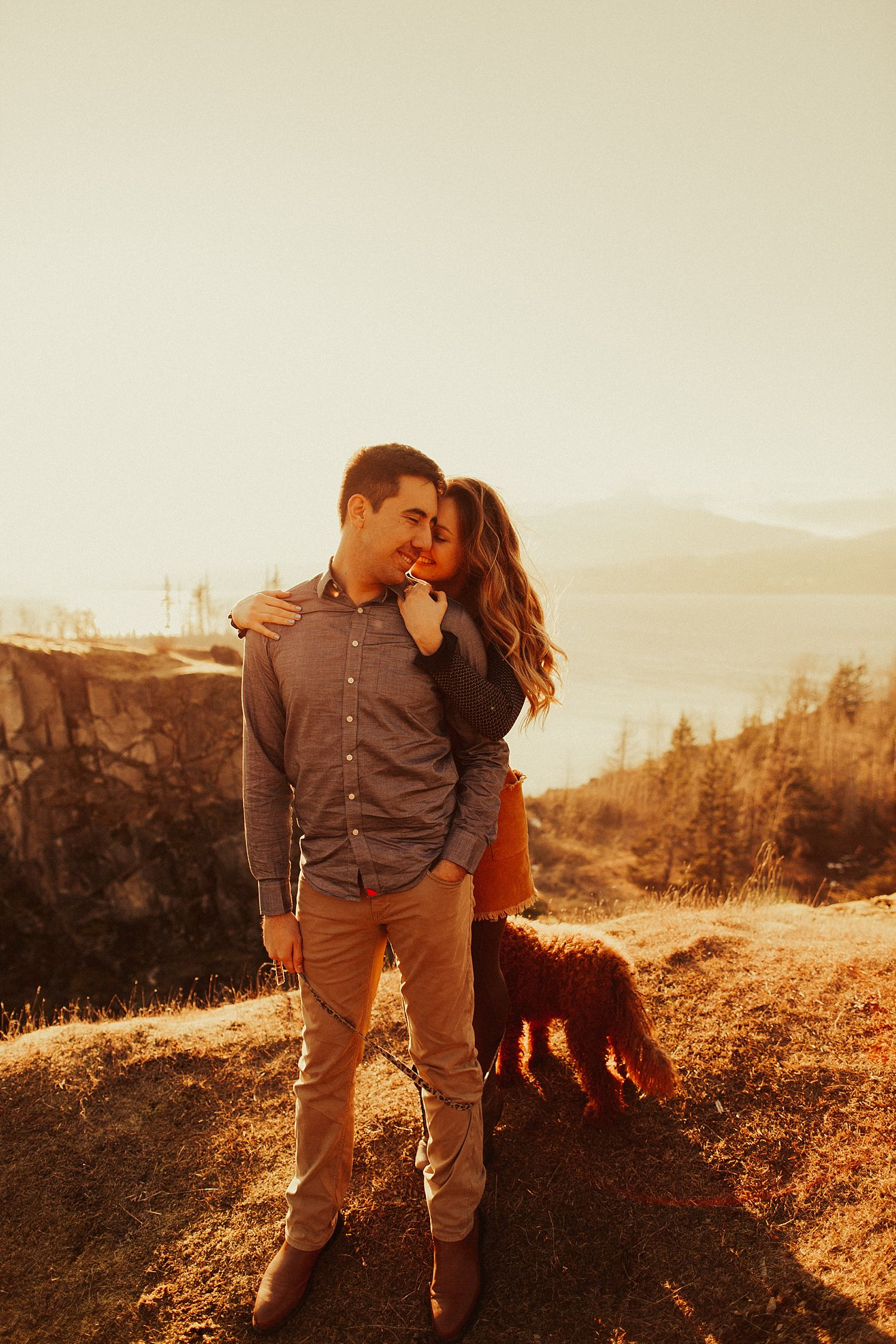 columbia-river-gorge-engagement-session_1618.jpg