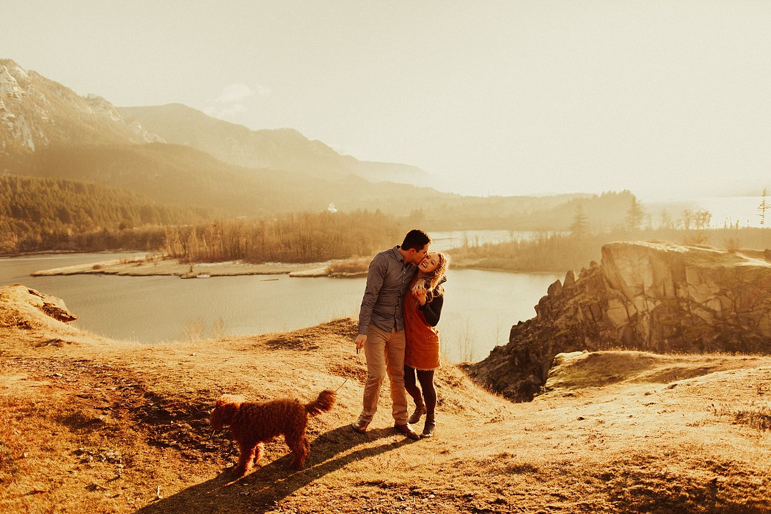 columbia-river-gorge-engagement-session_1622.jpg