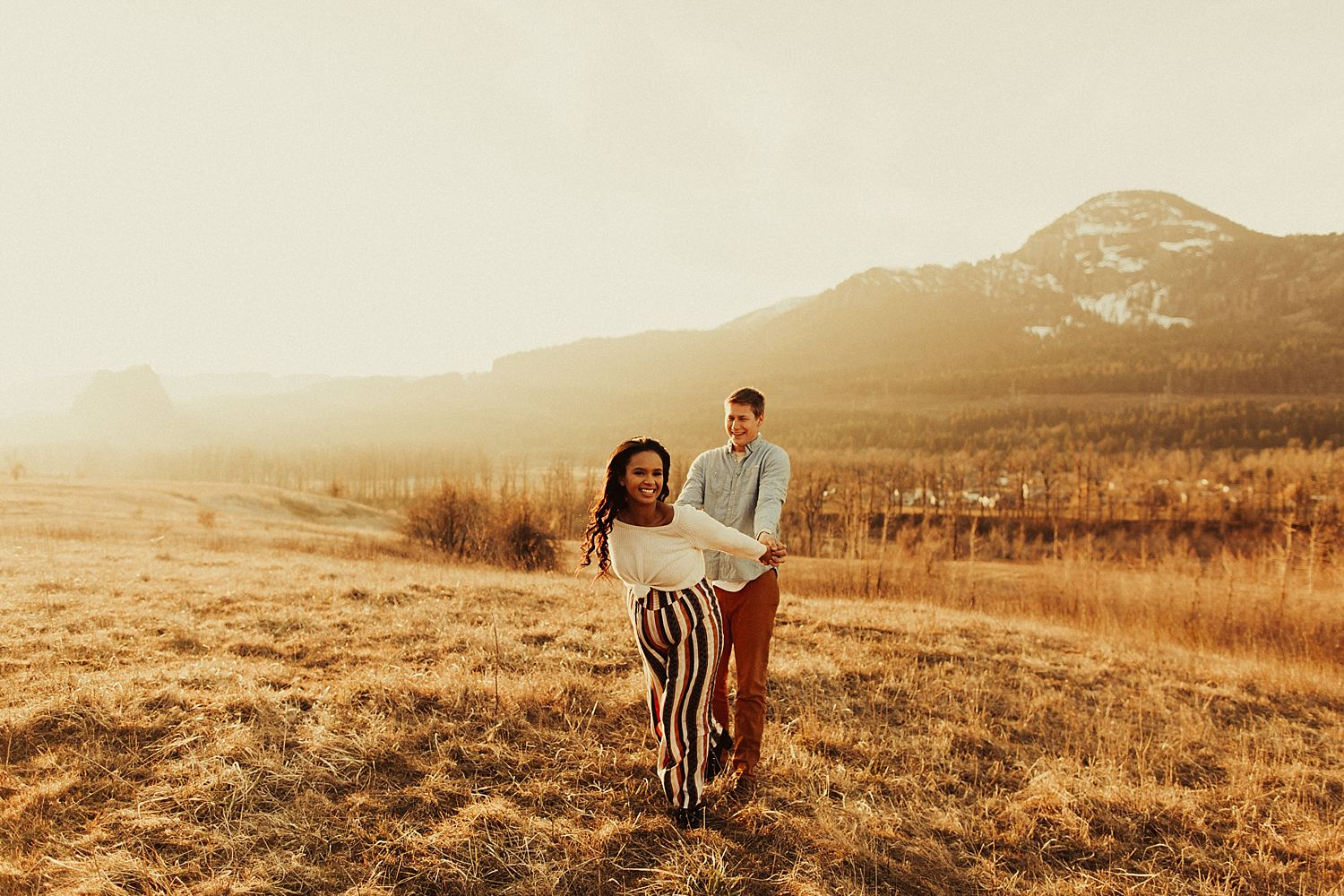 columbia-river-gorge-maternity-session_1717.jpg