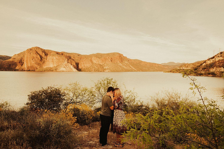 superstition-mountains-arizona-engagement-session_1880.jpg