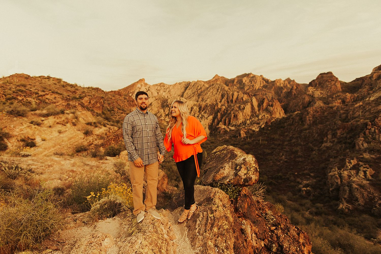 superstition-mountains-arizona-engagement-session_1907.jpg