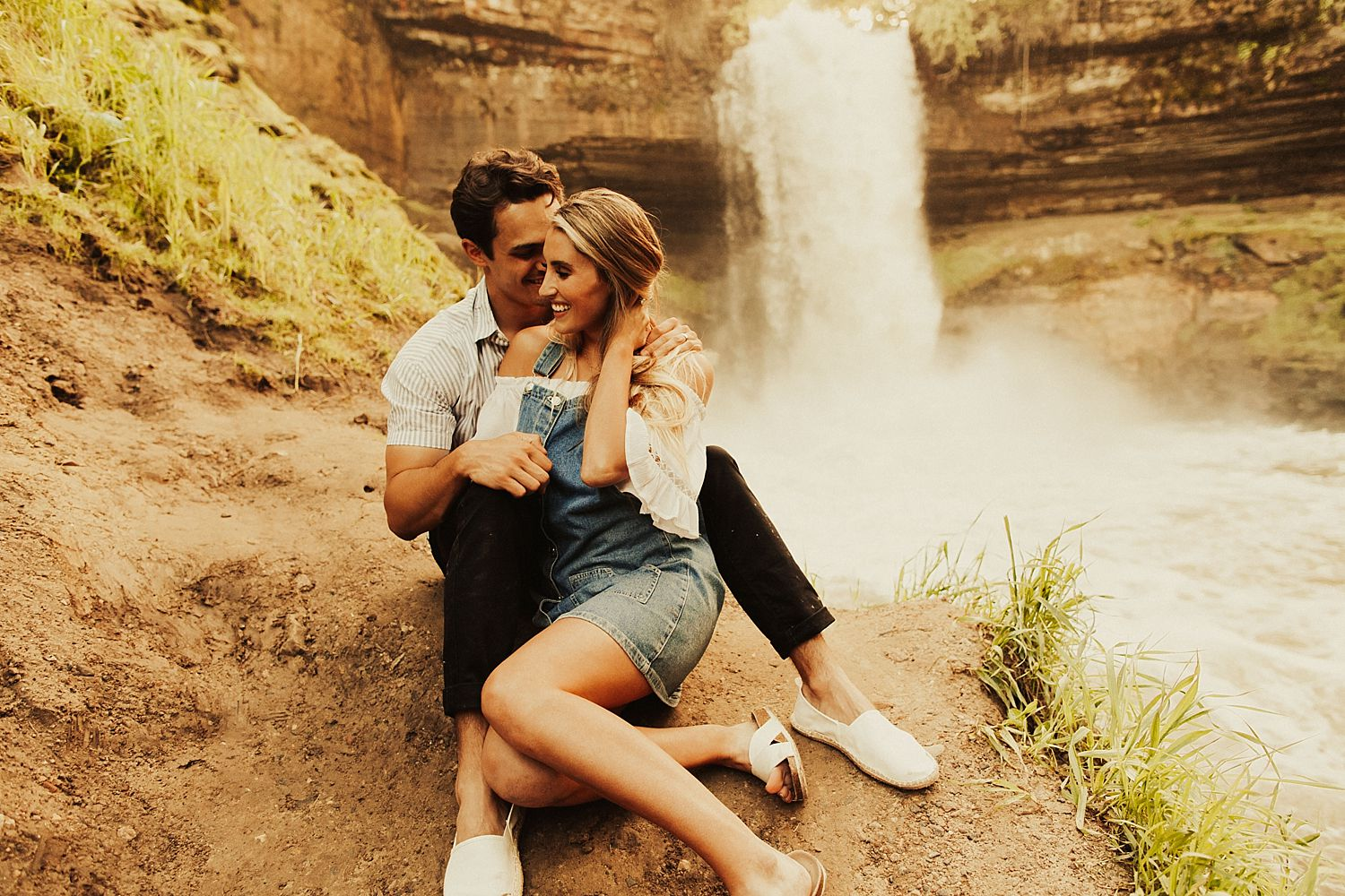 minnehaha-falls-minnesota-couples-shoot_2480.jpg