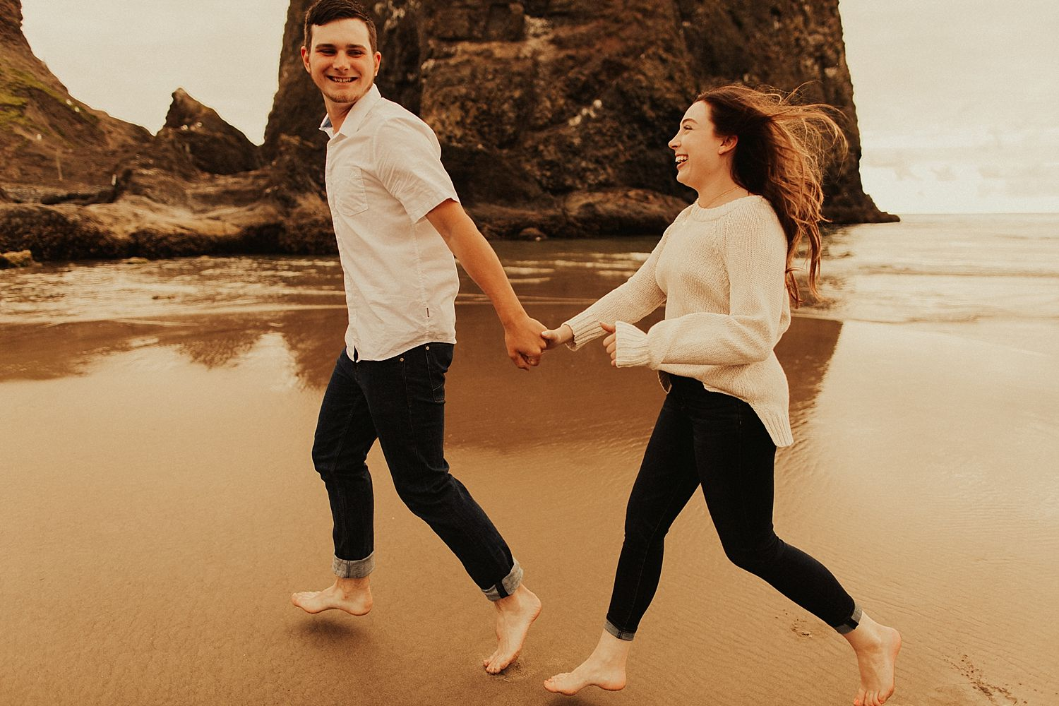 cannon-beach-couples-session_3666.jpg