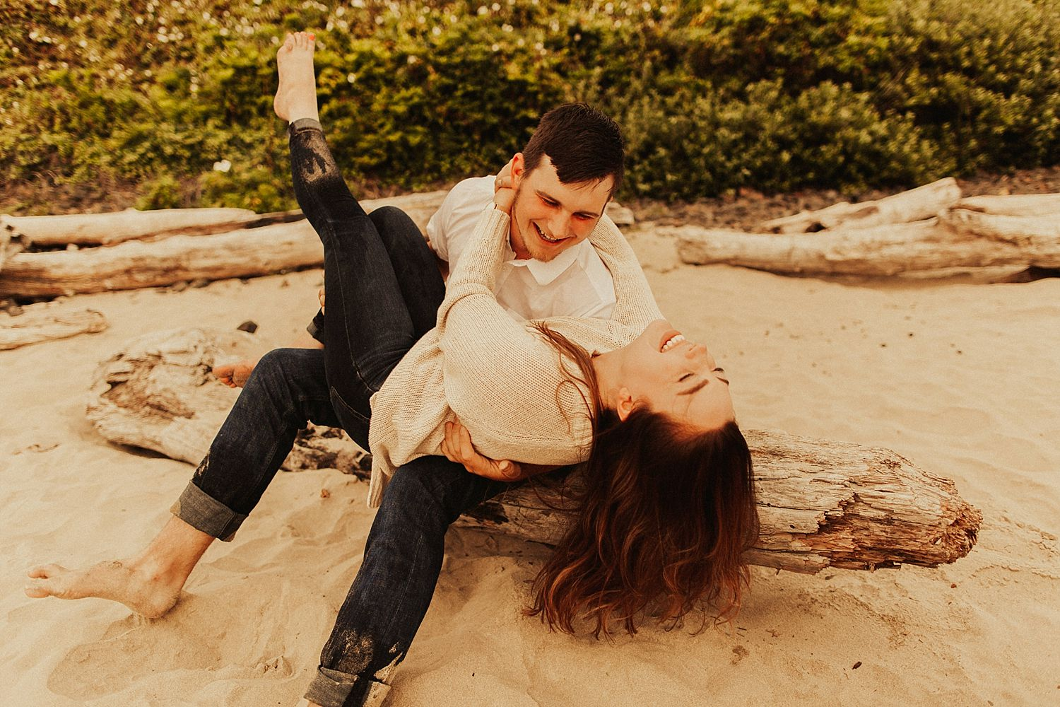 cannon-beach-couples-session_3686.jpg