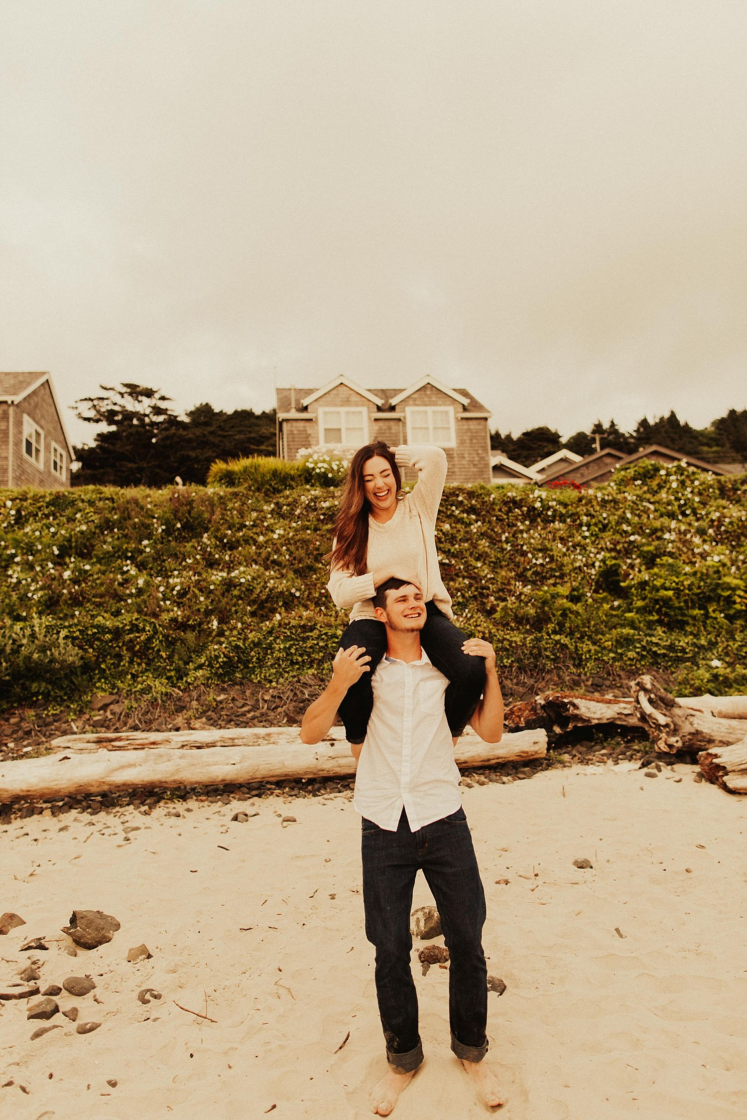 cannon-beach-couples-session_3693.jpg