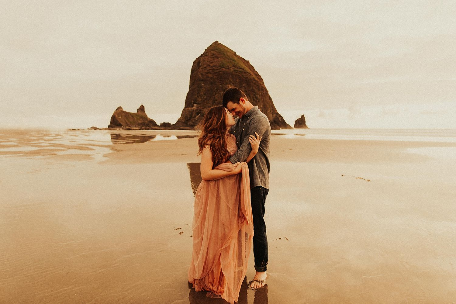 cannon-beach-couples-session_3700.jpg
