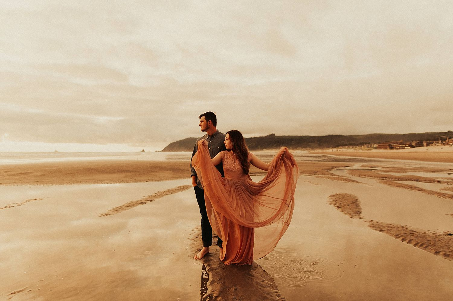 cannon-beach-couples-session_3704.jpg