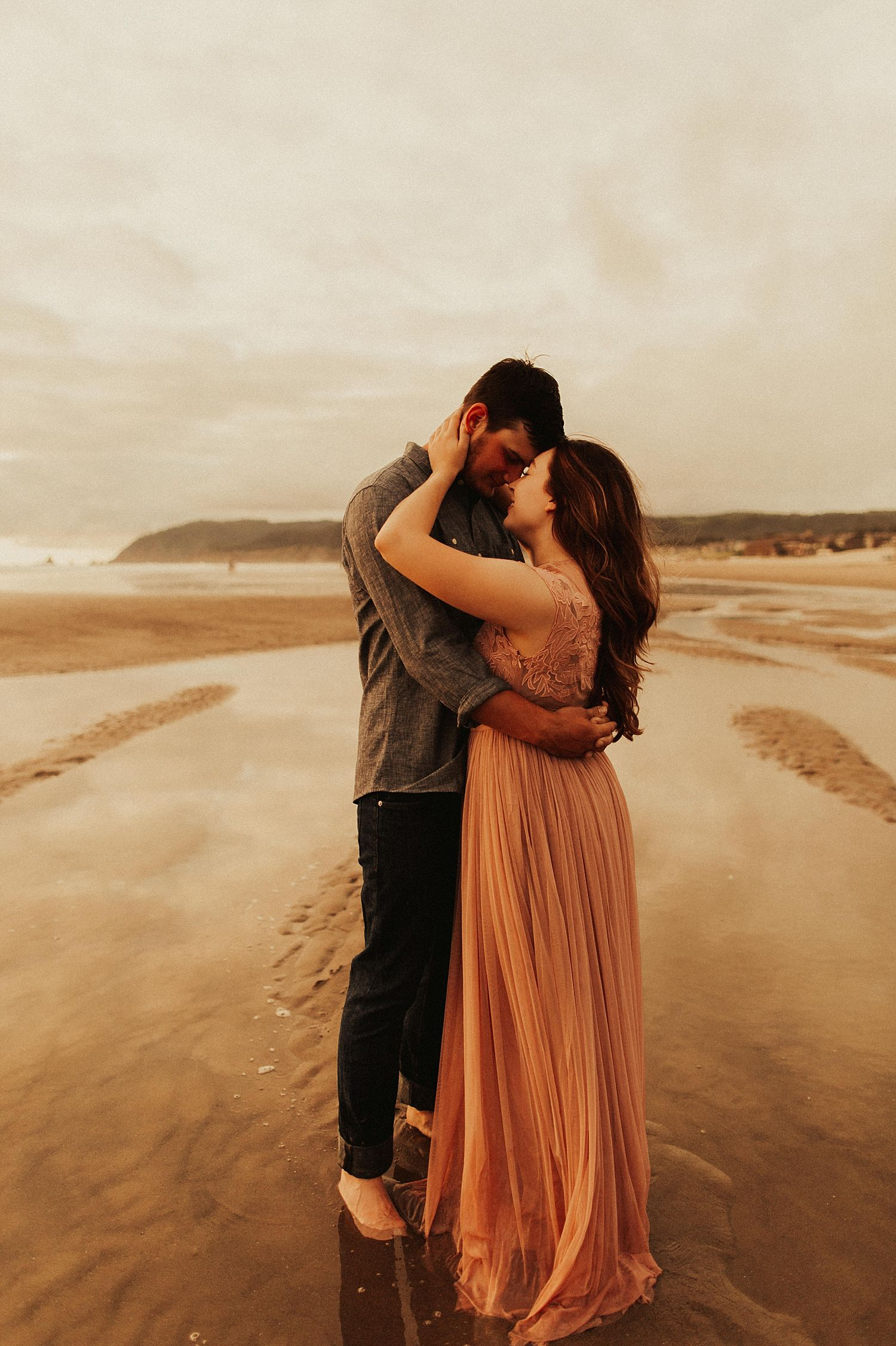 cannon-beach-couples-session_3705.jpg