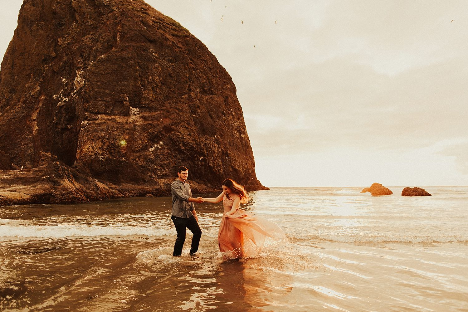 cannon-beach-couples-session_3721.jpg