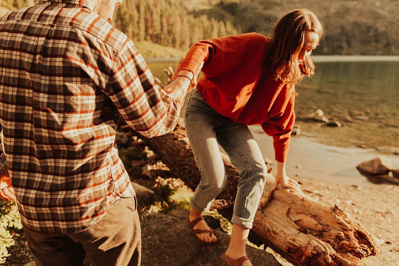 castle-lake-mount-shasta-engagement-photos_4354.jpg
