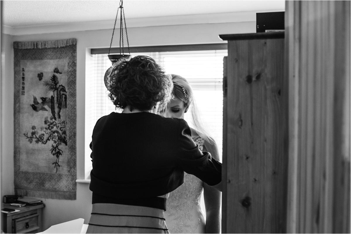 Notley Tythe Barn Wedding Photographer (9).jpg