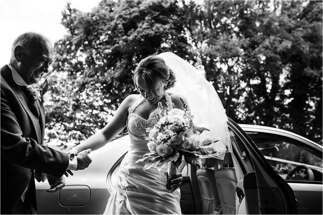 Wedding photographer in Berkshire - Tracey & Sean (29).jpg