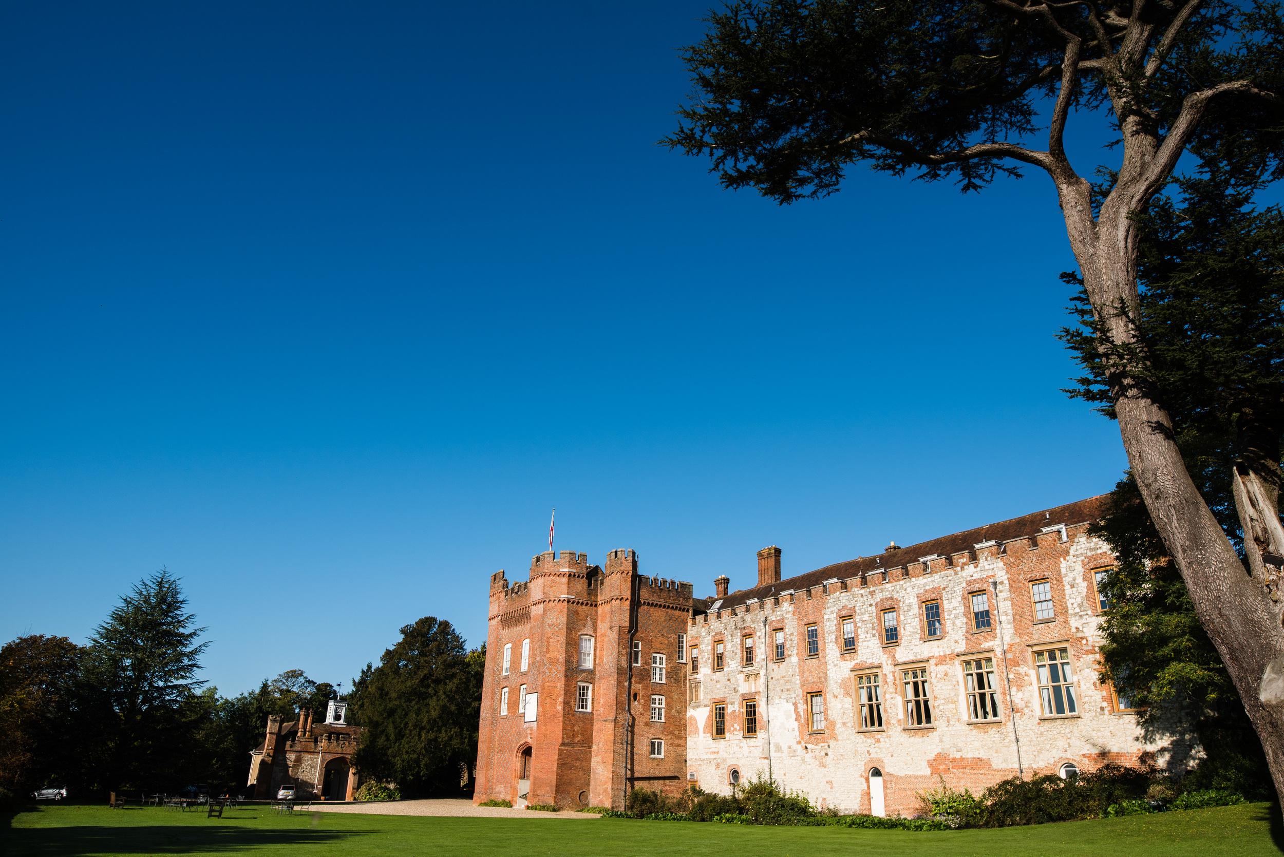 Castle Wedding Photography - Louisa & Nick-2.jpg
