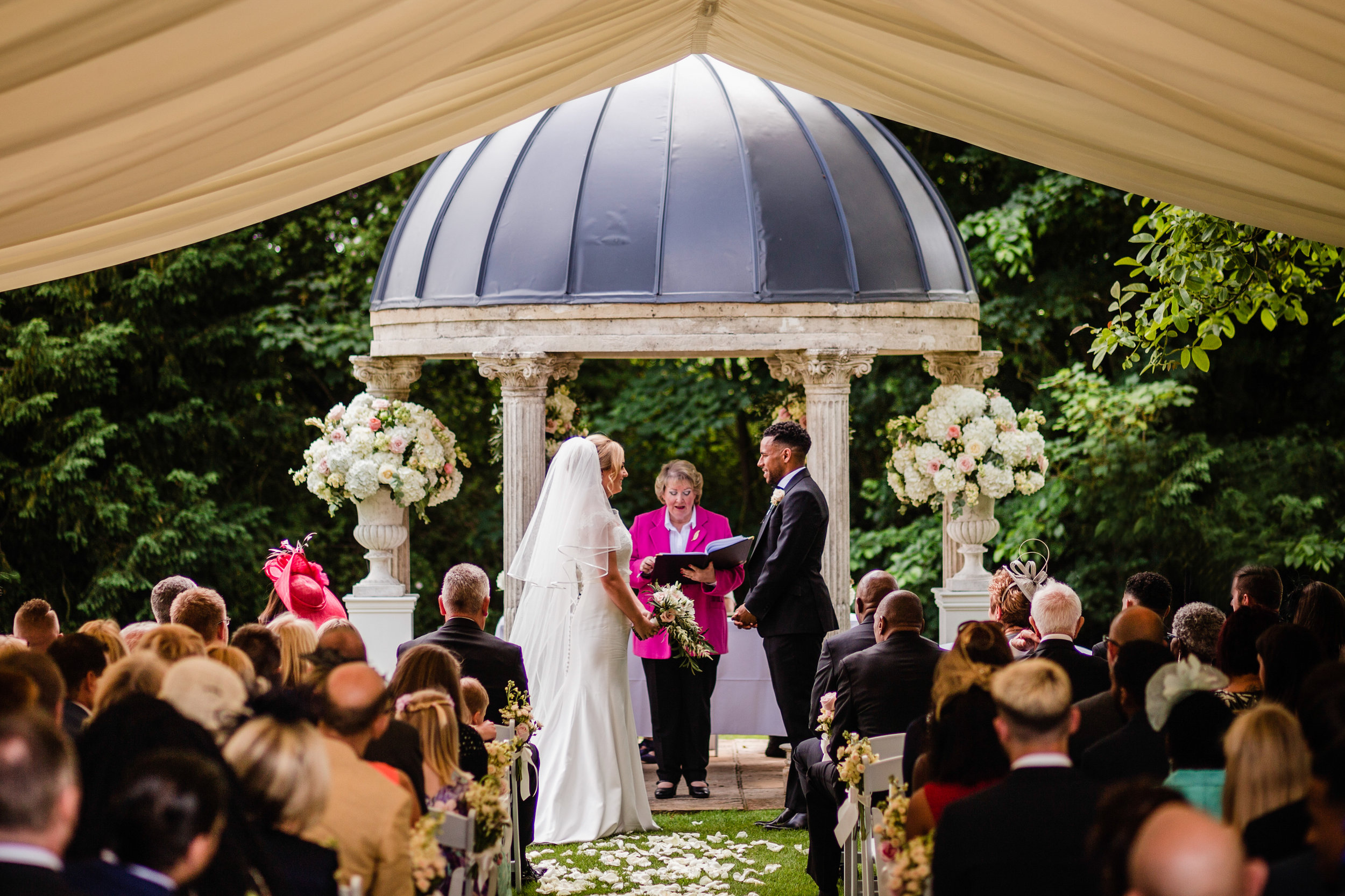 ardington house outdoor ceremony