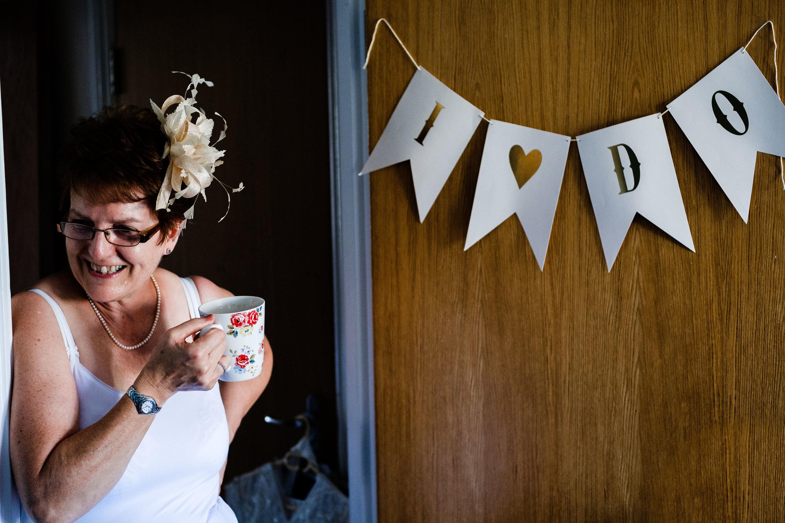 Cotswolds Wedding Photographer (16).jpg