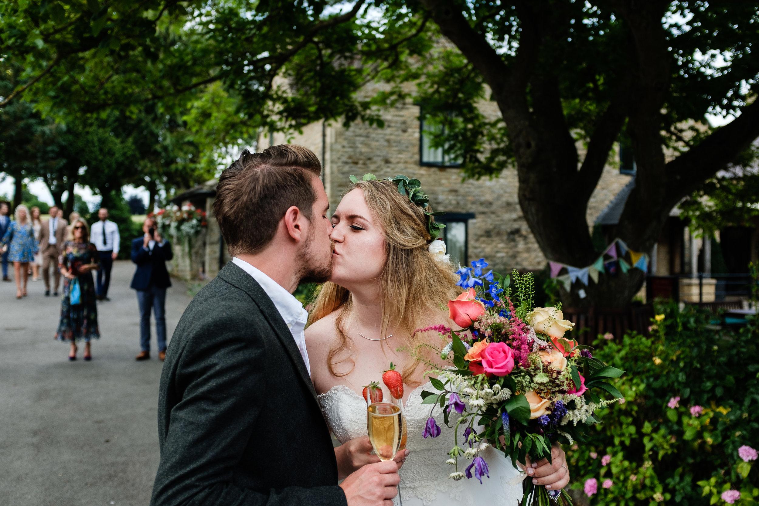 Cotswolds Wedding Photographer (235).jpg