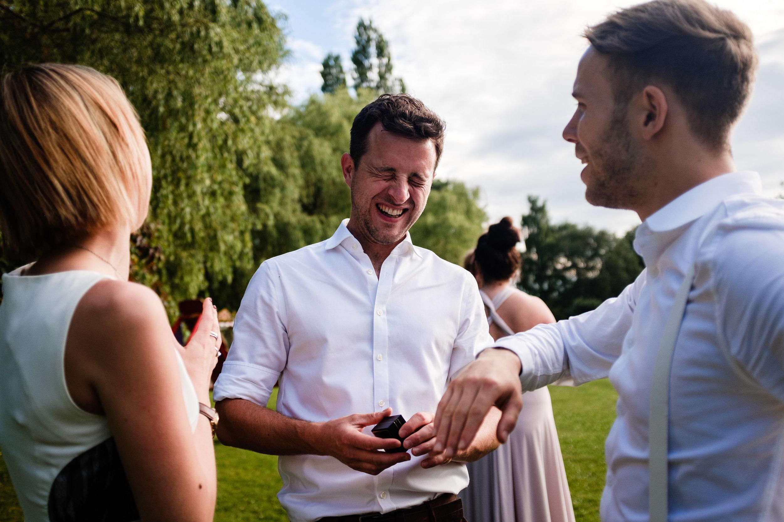 Cotswolds Wedding Photographer (413).jpg
