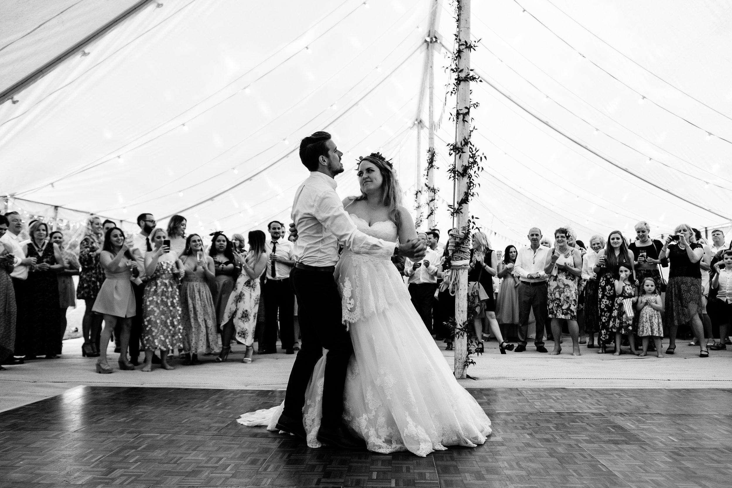 Cotswolds Wedding Photographer (459).jpg