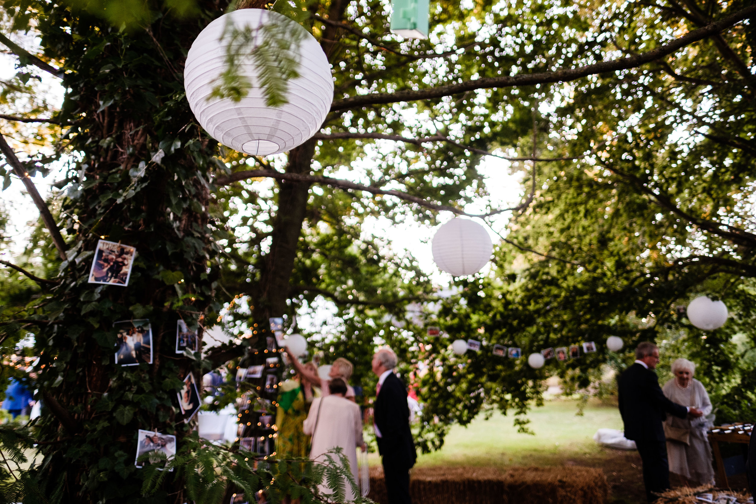 beautiful garden wedding (425).jpg