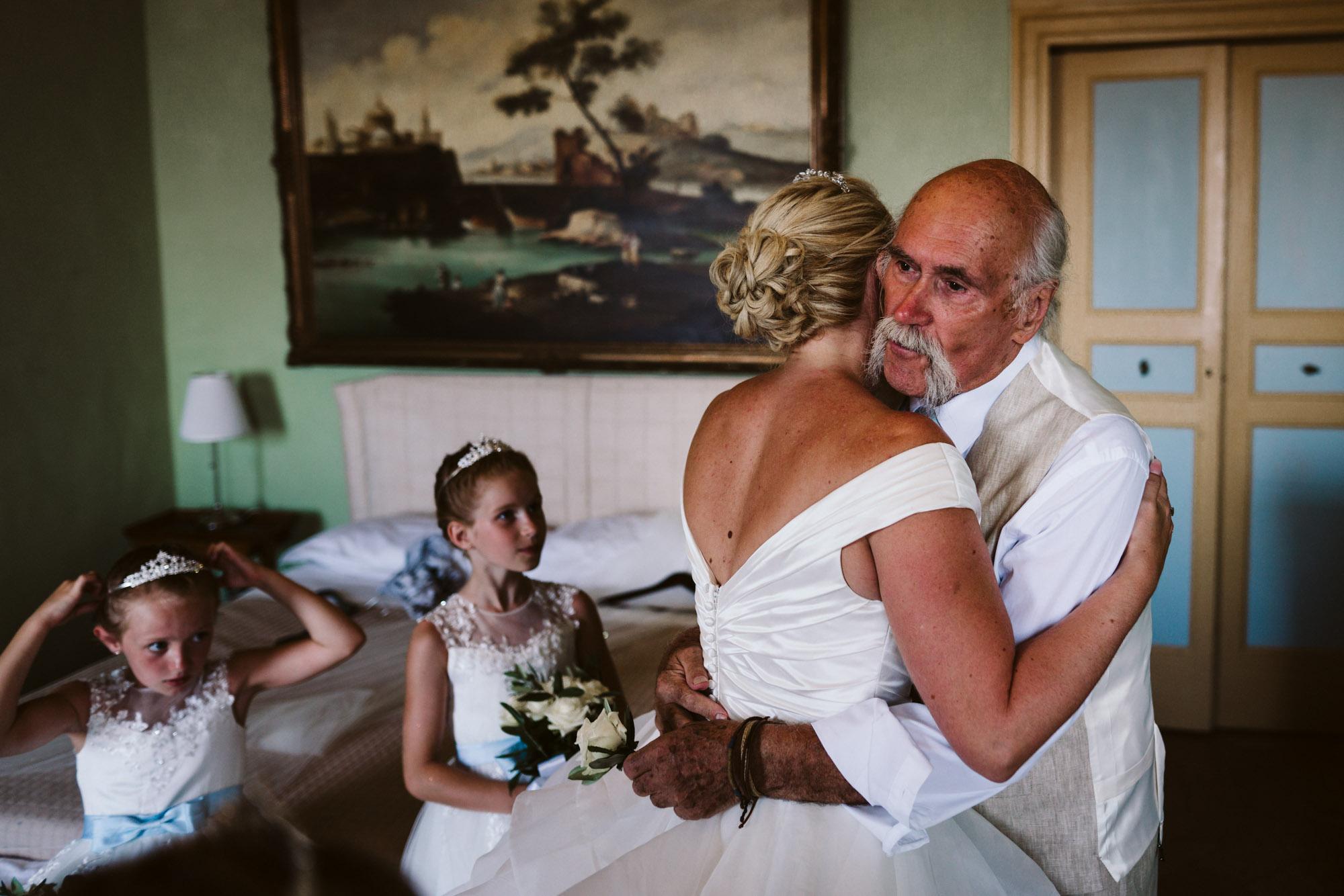 destination wedding photographer Italy-25.jpg