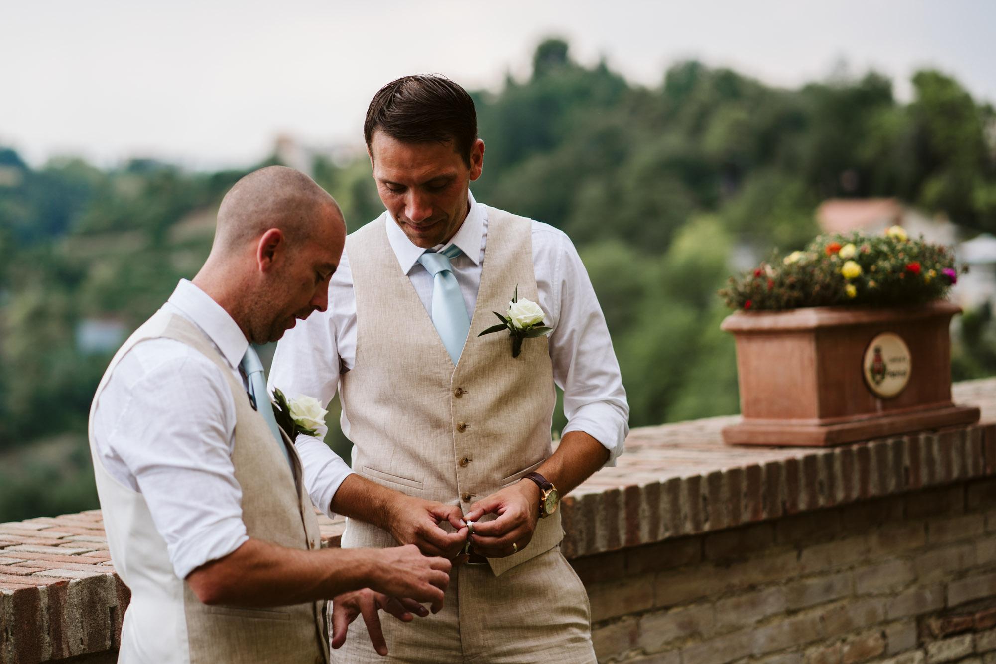 destination wedding photographer Italy-26.jpg