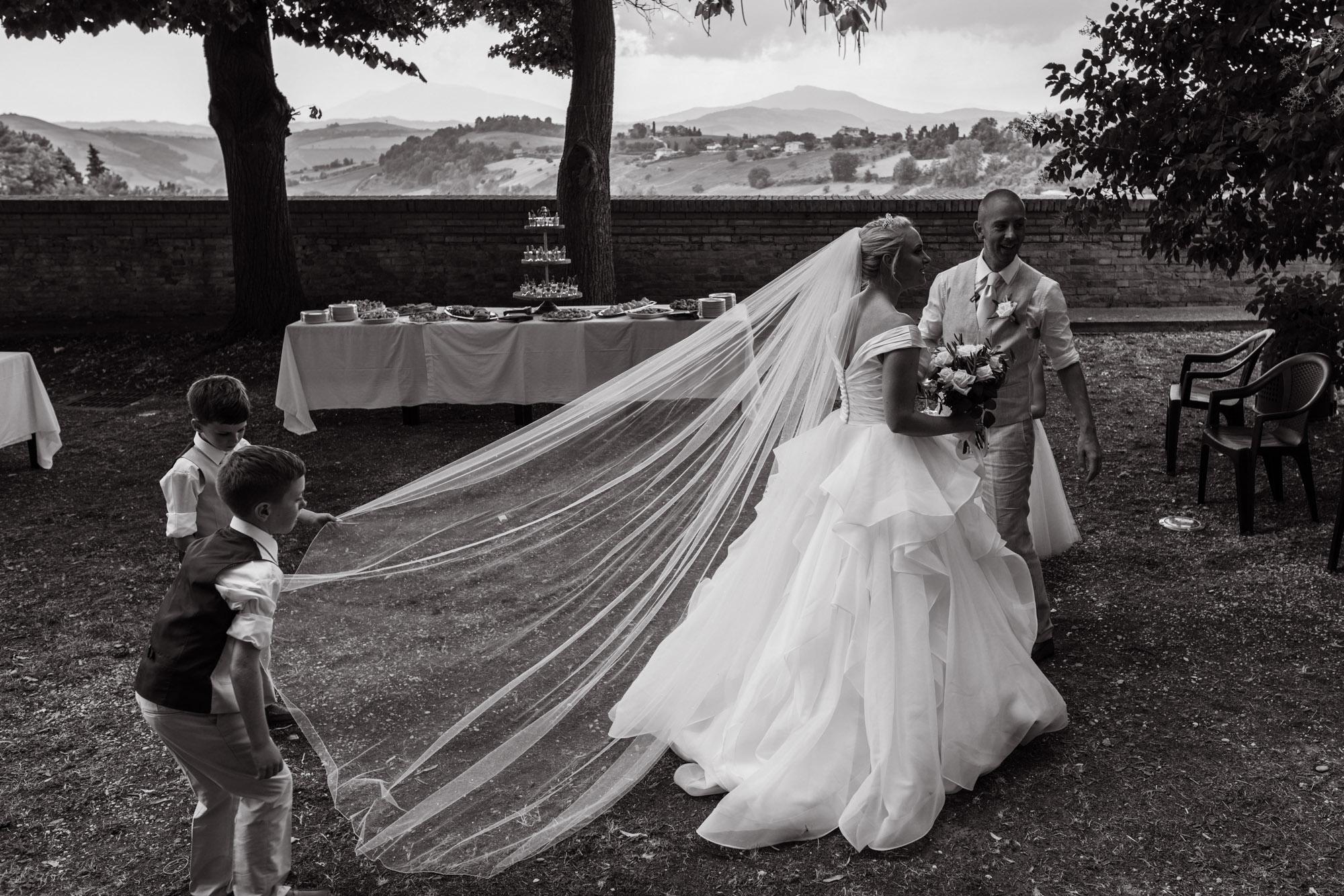 destination wedding photographer Italy-45.jpg