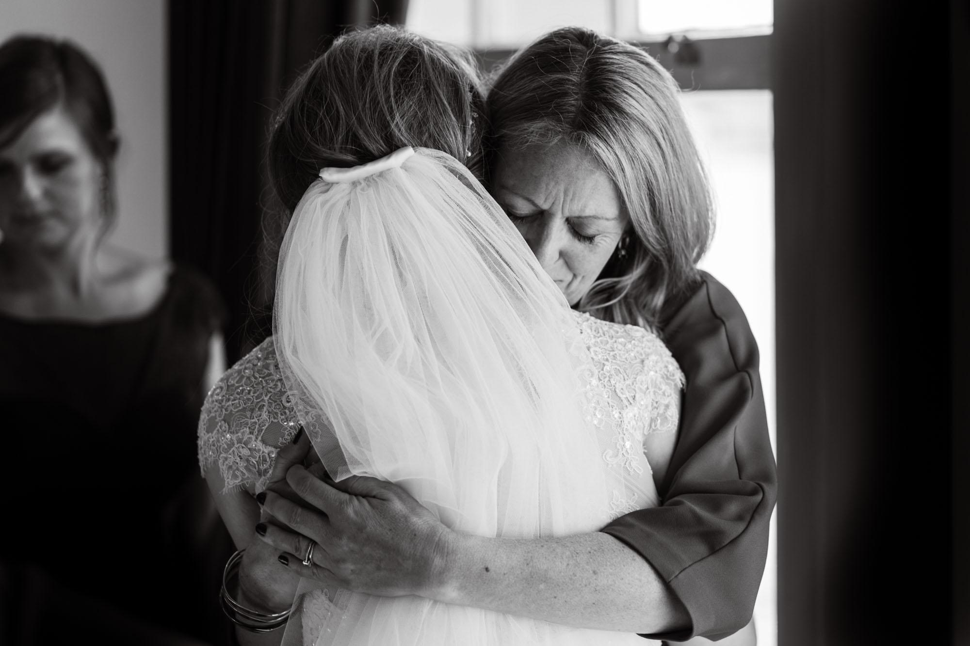 Trafalgar Tavern Wedding Photography (300).jpg