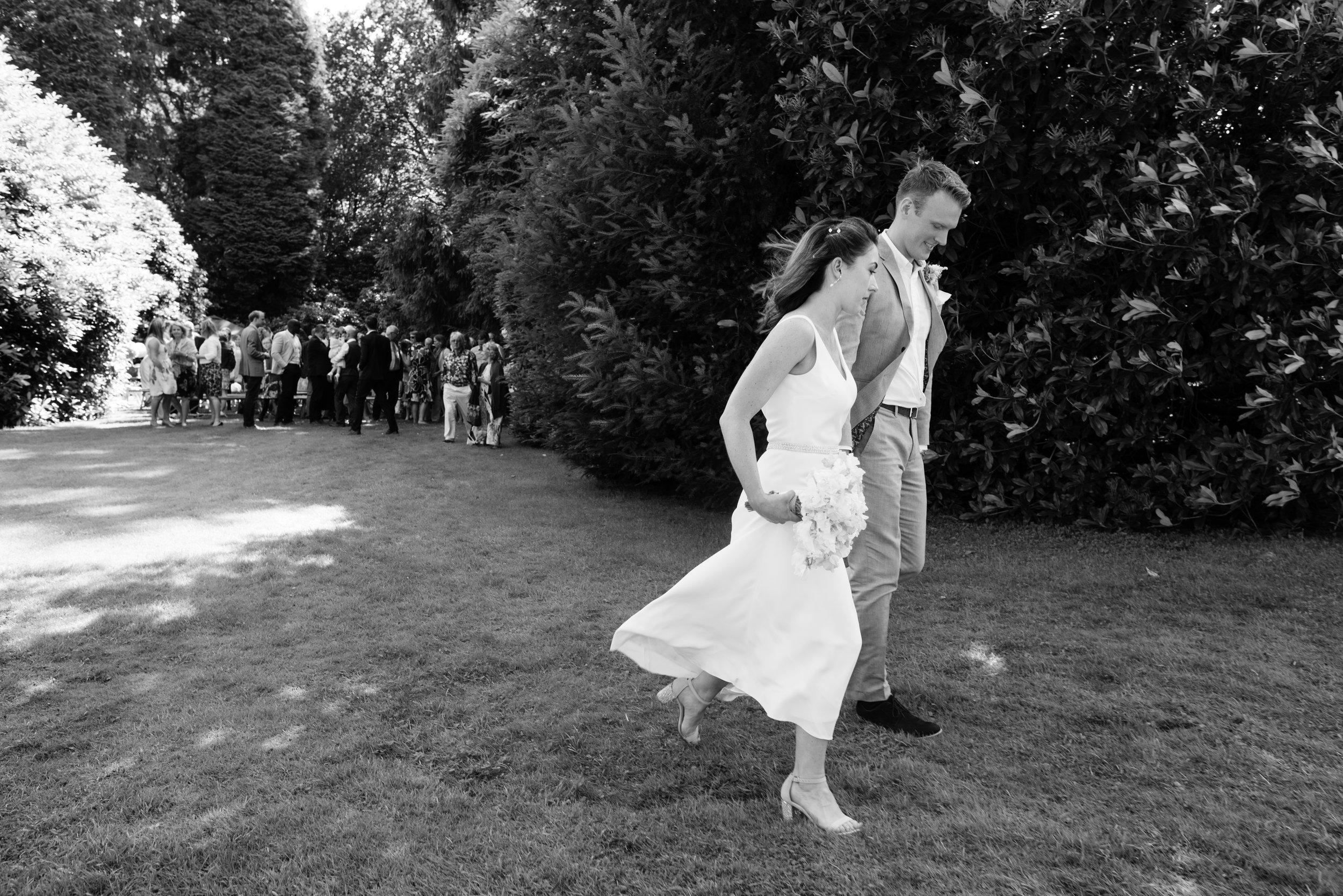 Gorgeous Garden Wedding - Kitty & Rob (202).jpg