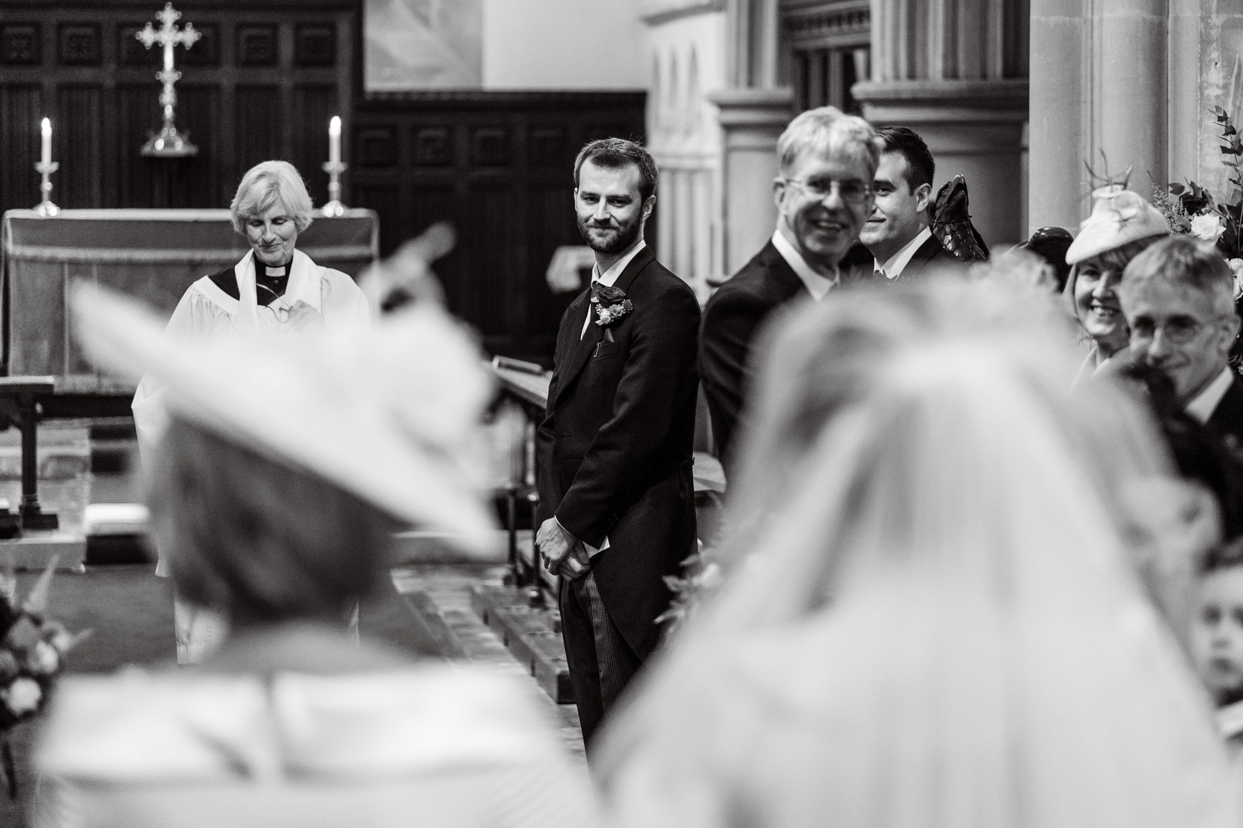 Bisham Abbey wedding photography-13.jpg