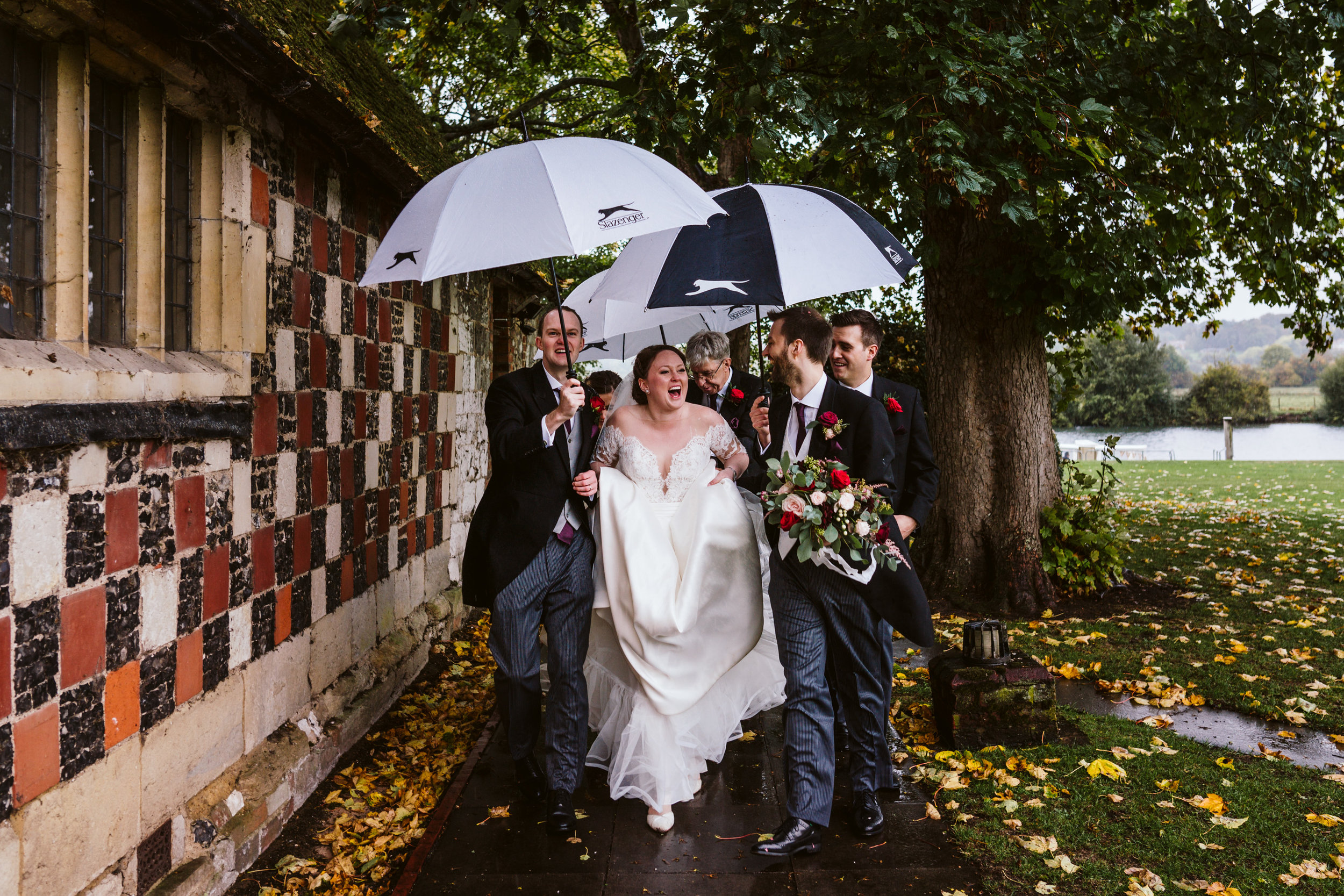 Bisham Abbey wedding photography-31.jpg