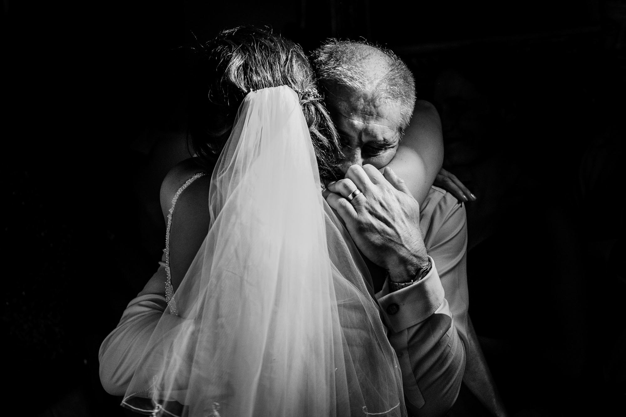 black and White wedding photography-3.jpg