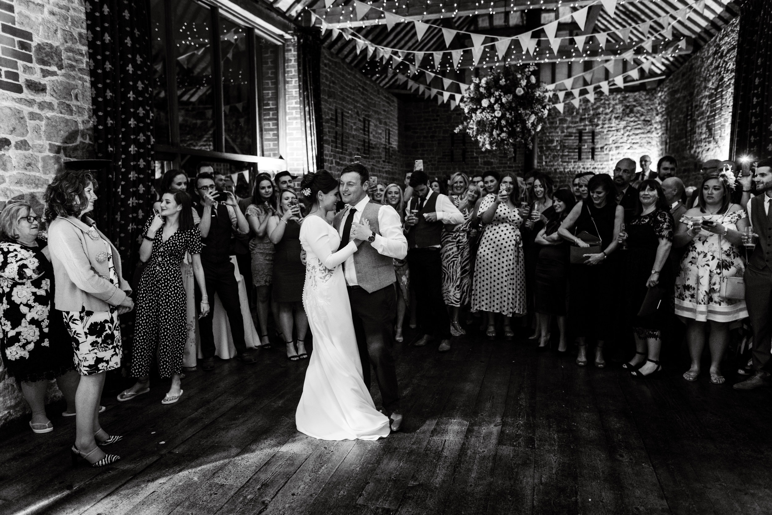 Bartholomew barn wedding photography (382).jpg
