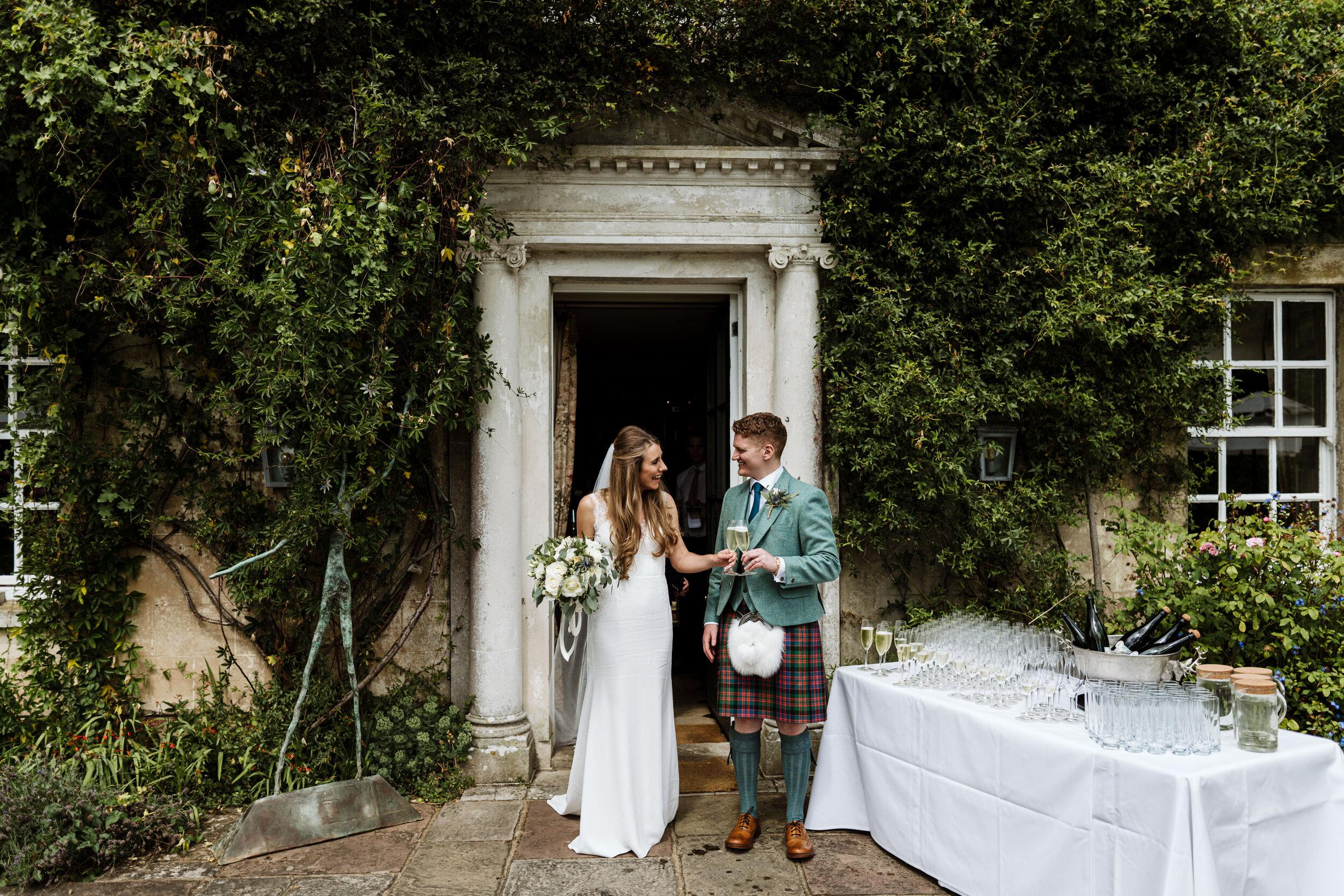 10 Castle Street Wedding Photography (133).jpg