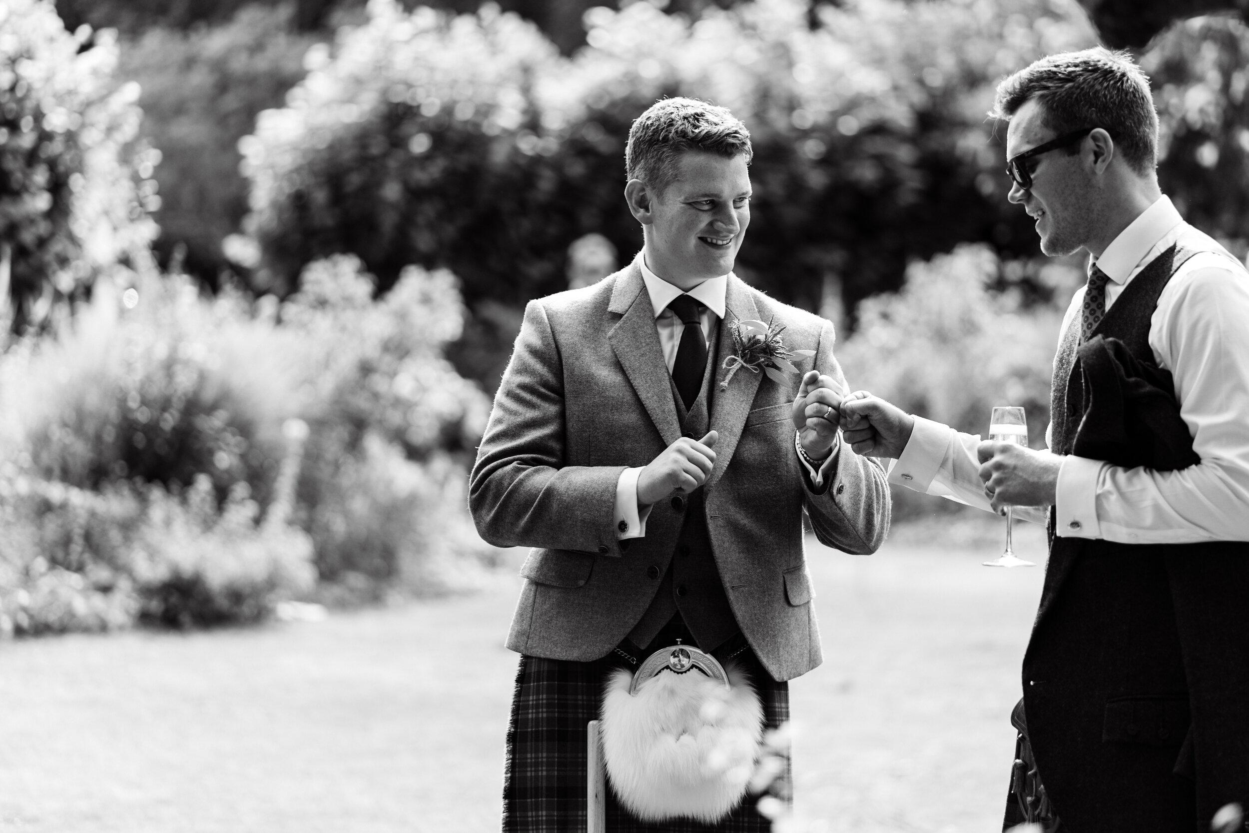 10 Castle Street Wedding Photography (267).jpg