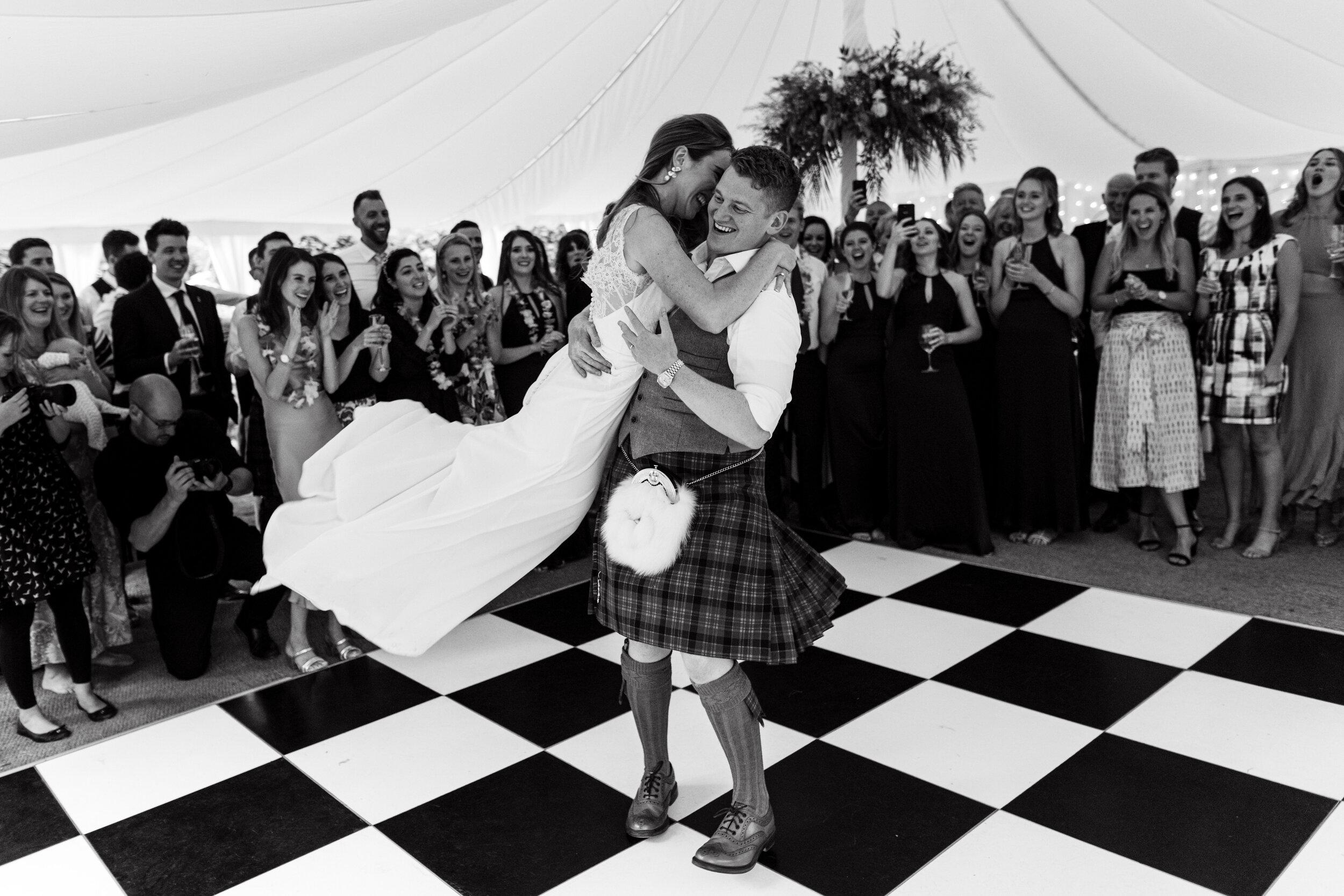 10 Castle Street Wedding Photography (380).jpg