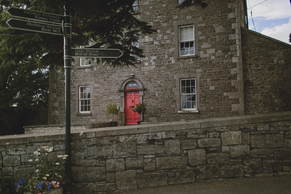 We arrived in the town of Slane on a Monday afternoon, so it was perfectly empty for us to explore.