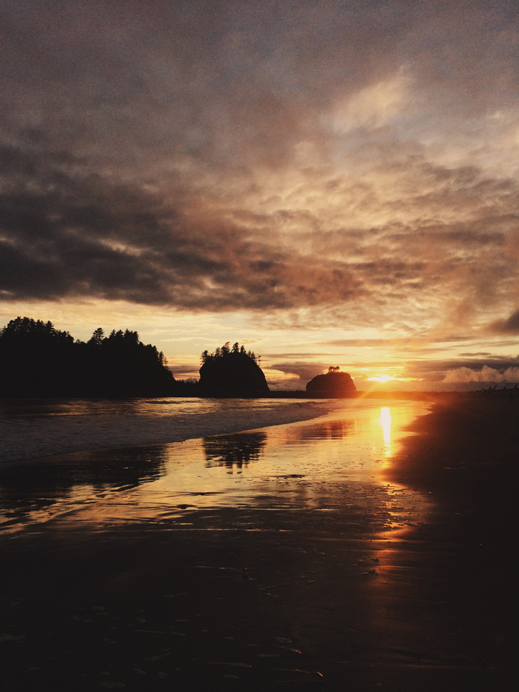 And they did! I was so happy to experience a sunset at beautiful La Push.