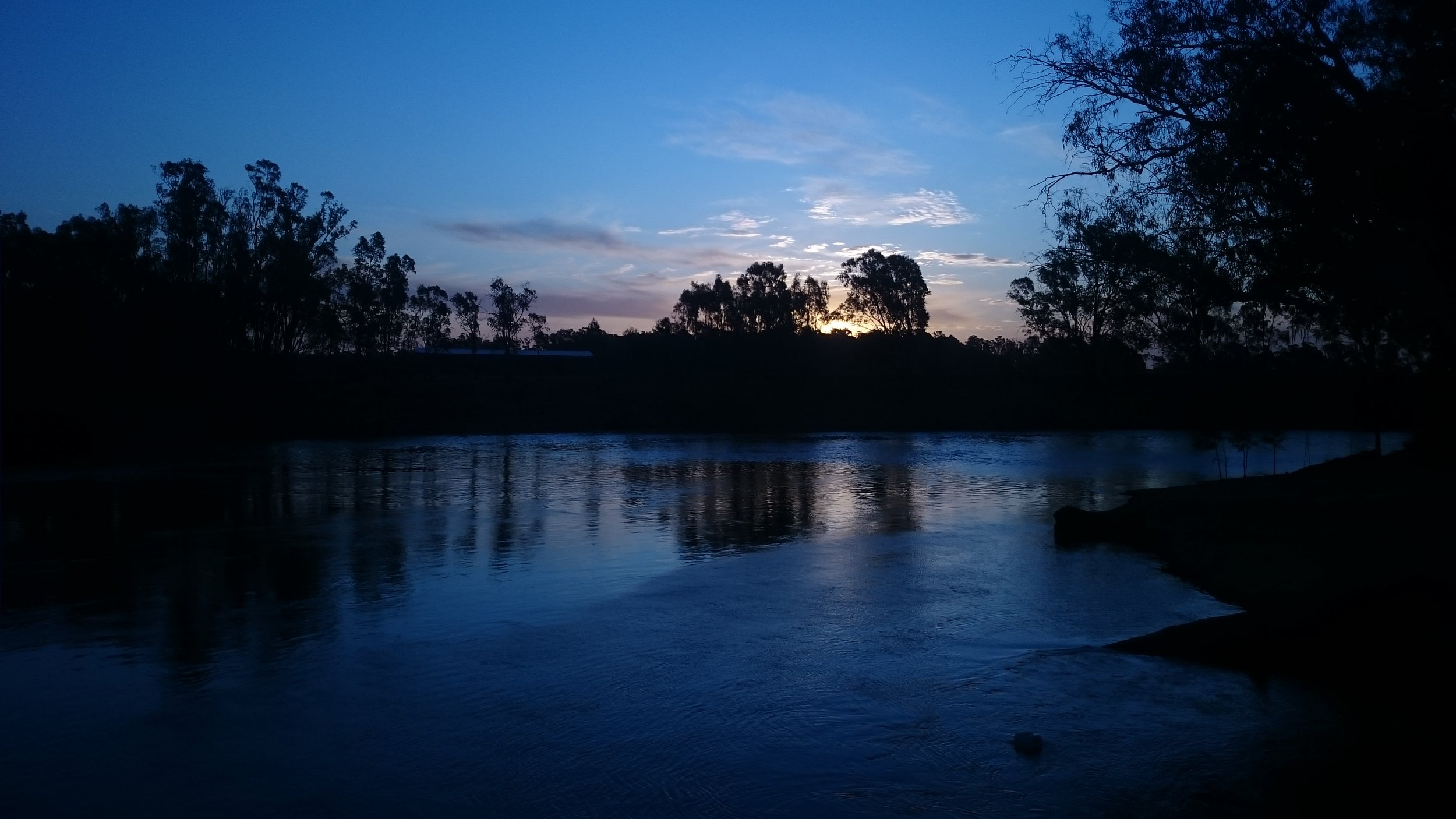 Sunset on the Murray in Blue