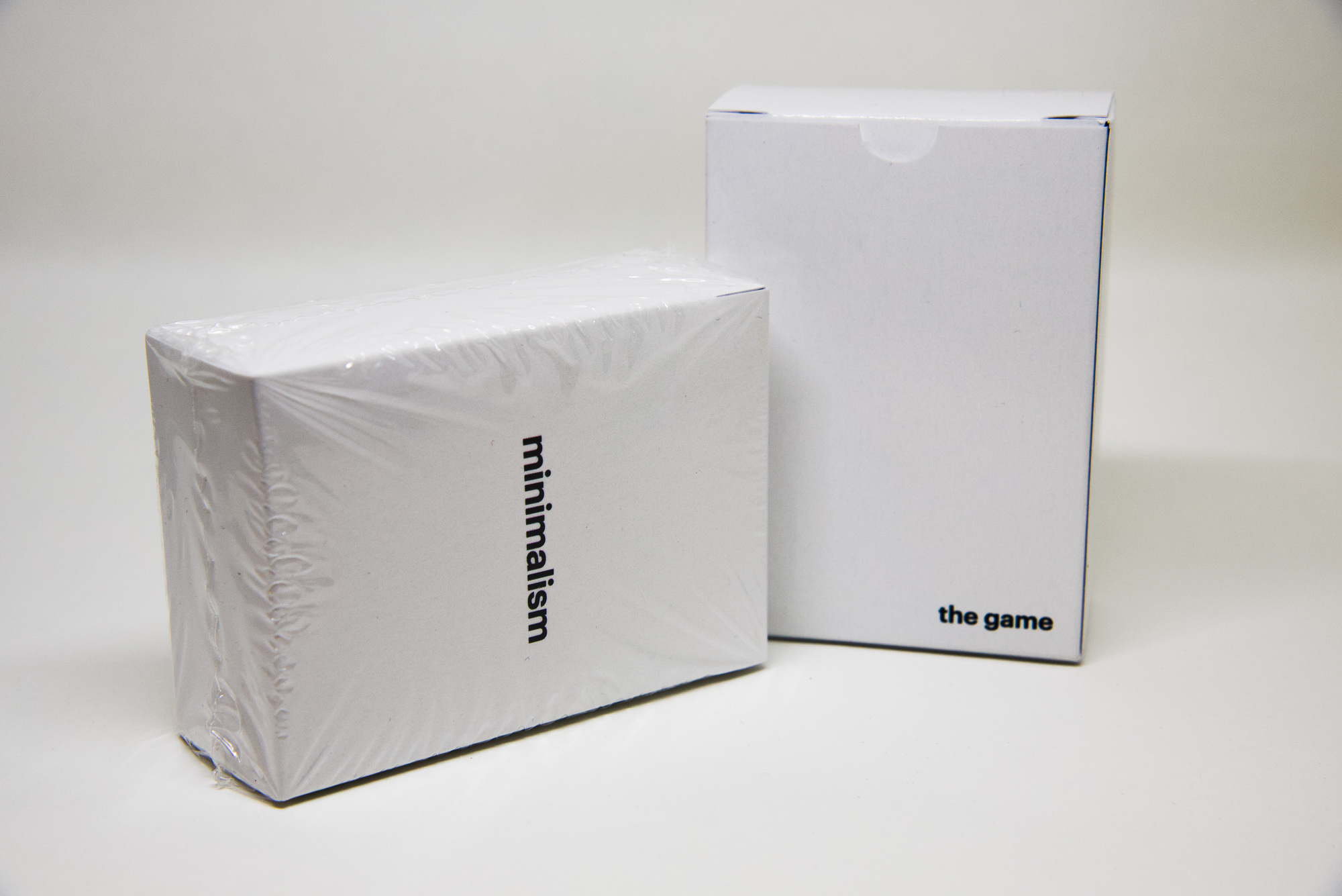 A front and back view of the box.