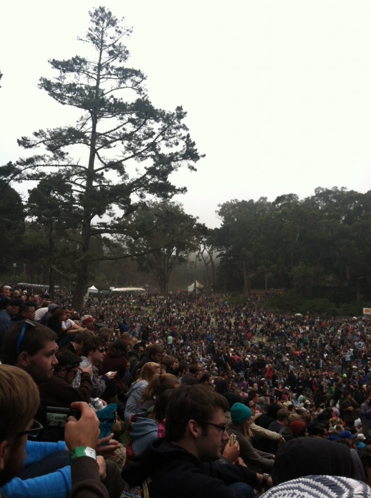 Outsidelands_Norah-crowd-e1346617987970-764x1024.jpg