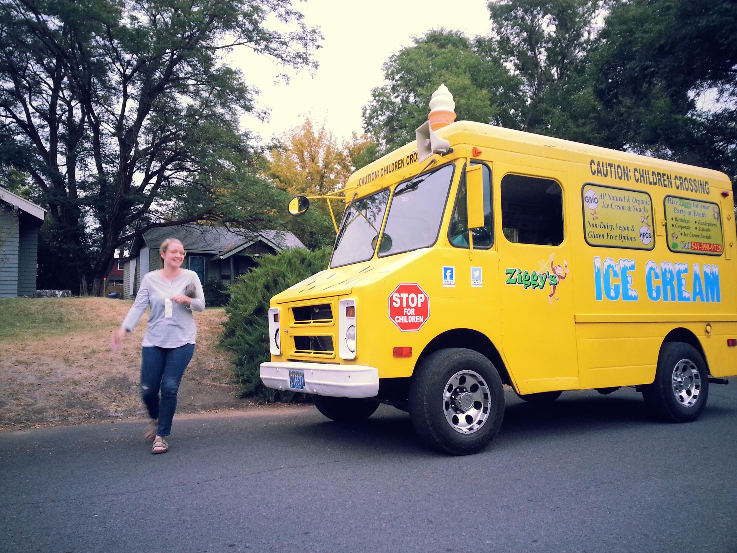 Ice-cream-truck_heatherbyhand.jpg