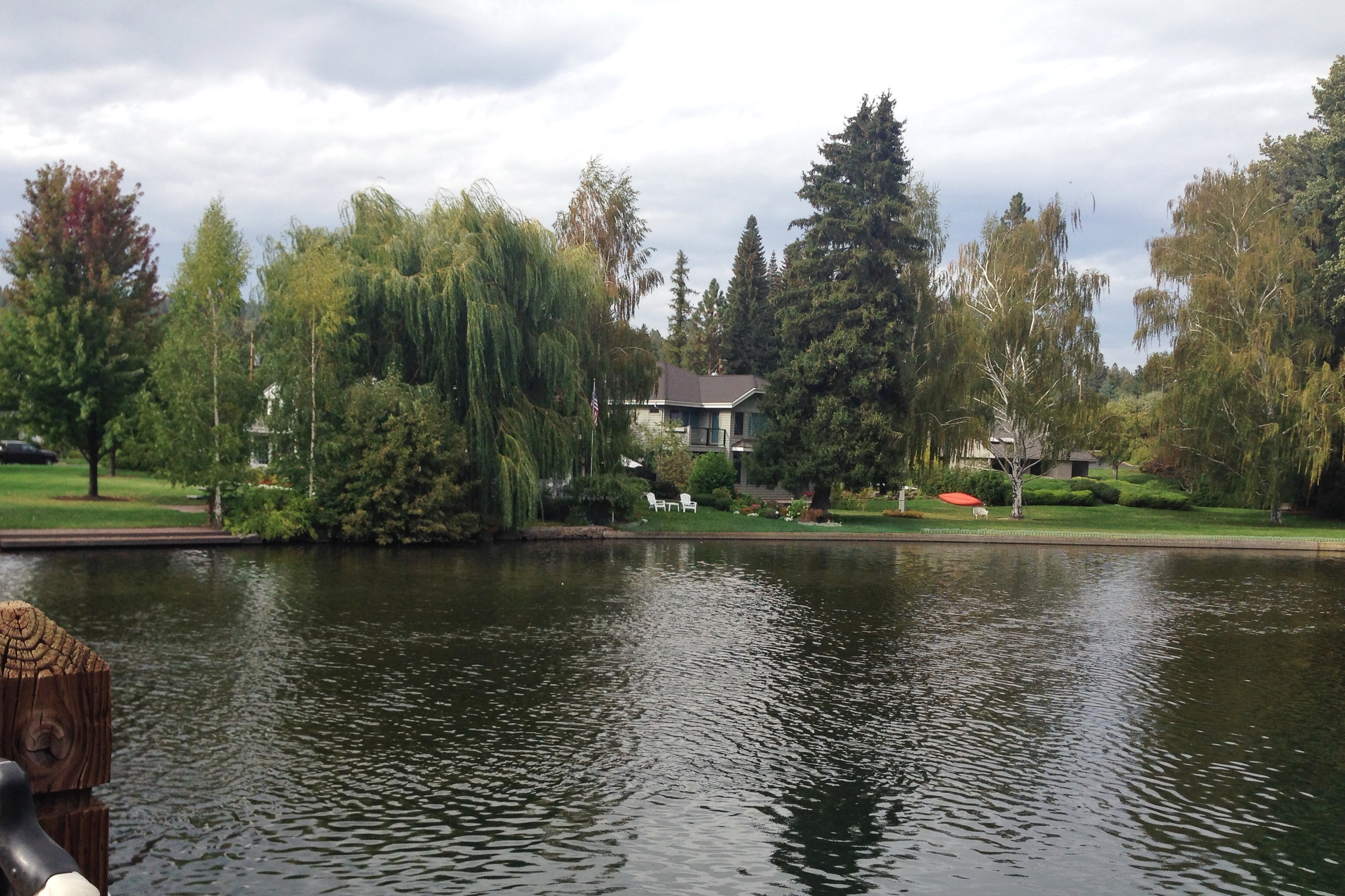 Mirror-Pond-Bridge_heatherbyhand.jpg