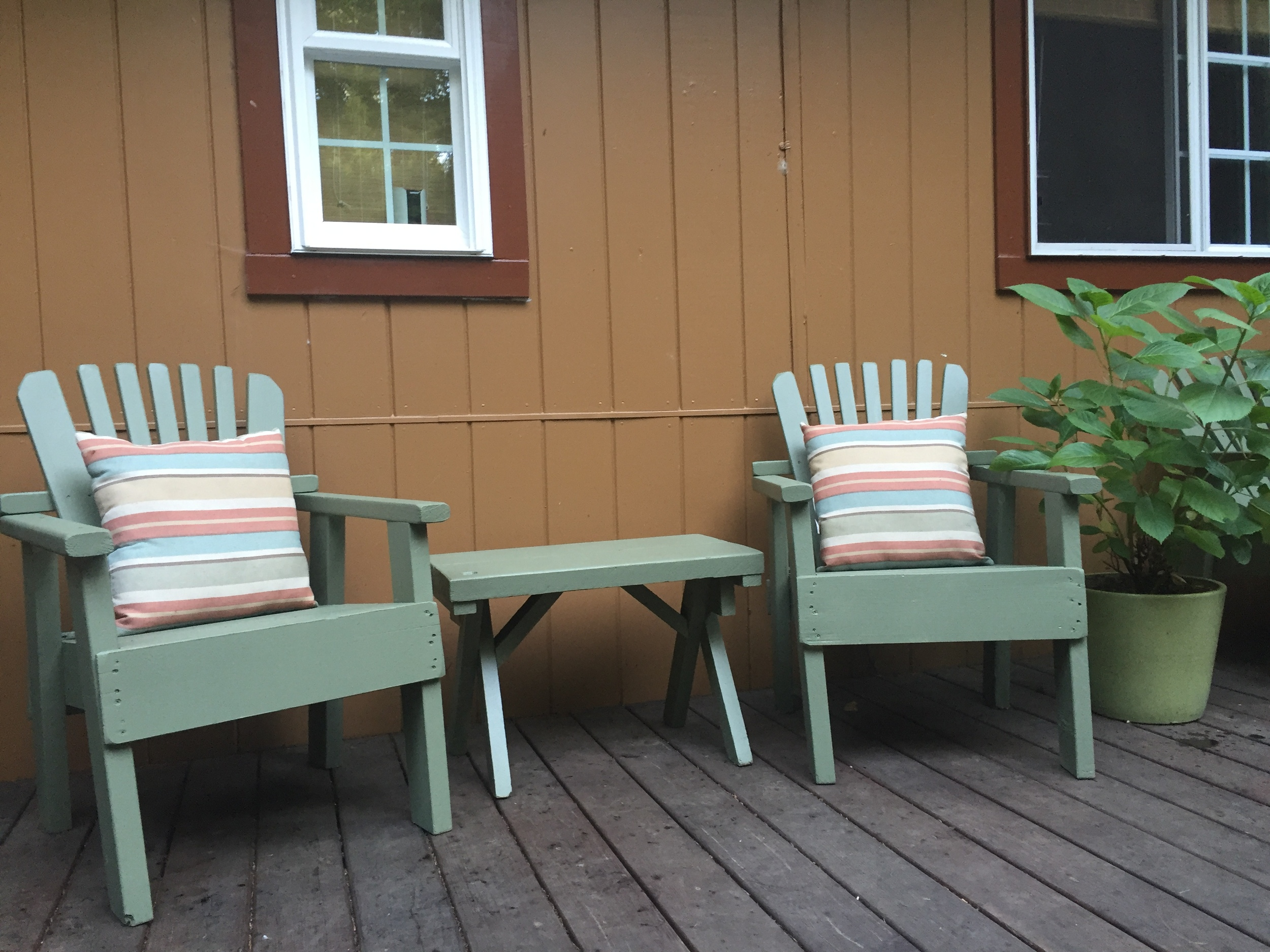 Patio-Furniture-after_heatherbyhand.JPG