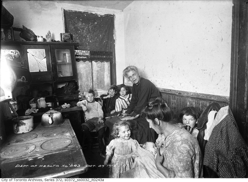 Interior of slum house, Toronto  Courtesy of Toronto Archives.